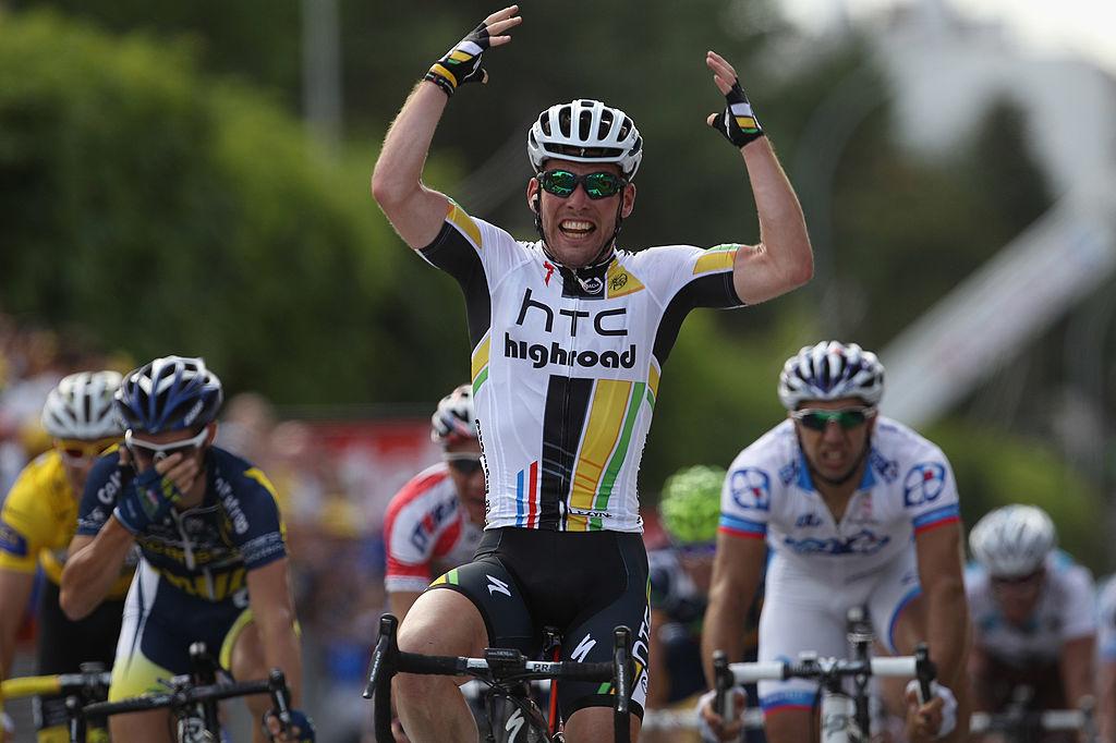 Il y a 10 ans, Mark Cavendish s'imposait déjà à Châteauroux sur le Tour de France. Autre maillot, même célébration., iStock