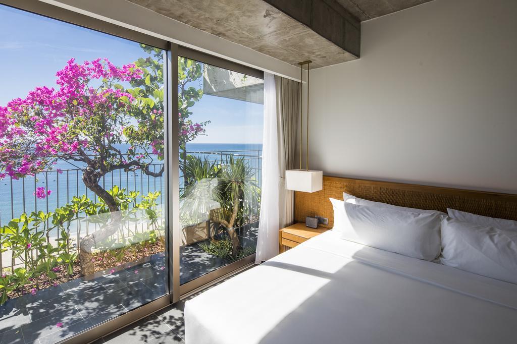Hotel Chicland: met zicht op bomen, bloemen en de zee, Chicland