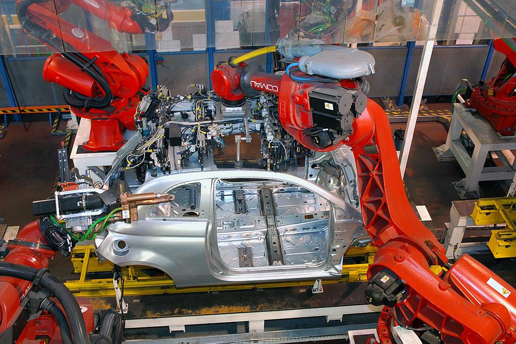 L'usine de Tichy assure l'assemblage de la 500 depuis le début de sa carrière, en 2007., GF