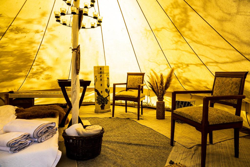 De binnenkant van de tent is zeer hipster proof, Mare Hotterbeekx