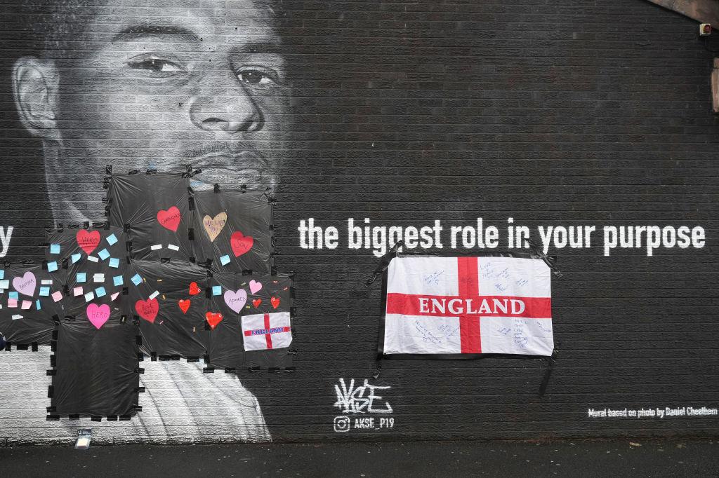 Une fresque en l'honneur de Marcus Rashford a été recouverte de graffitis racistes., iStock