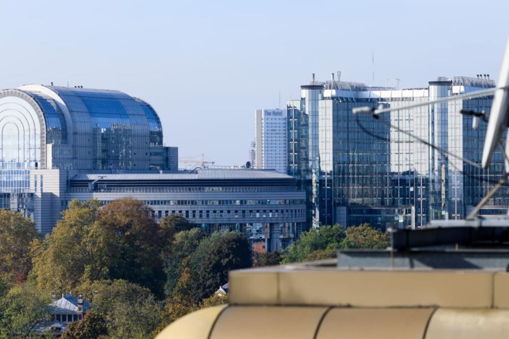 Europees Parlement Brussel, Cerau, Atelier de Genval en WJ&MC Van Campenhout, iStock