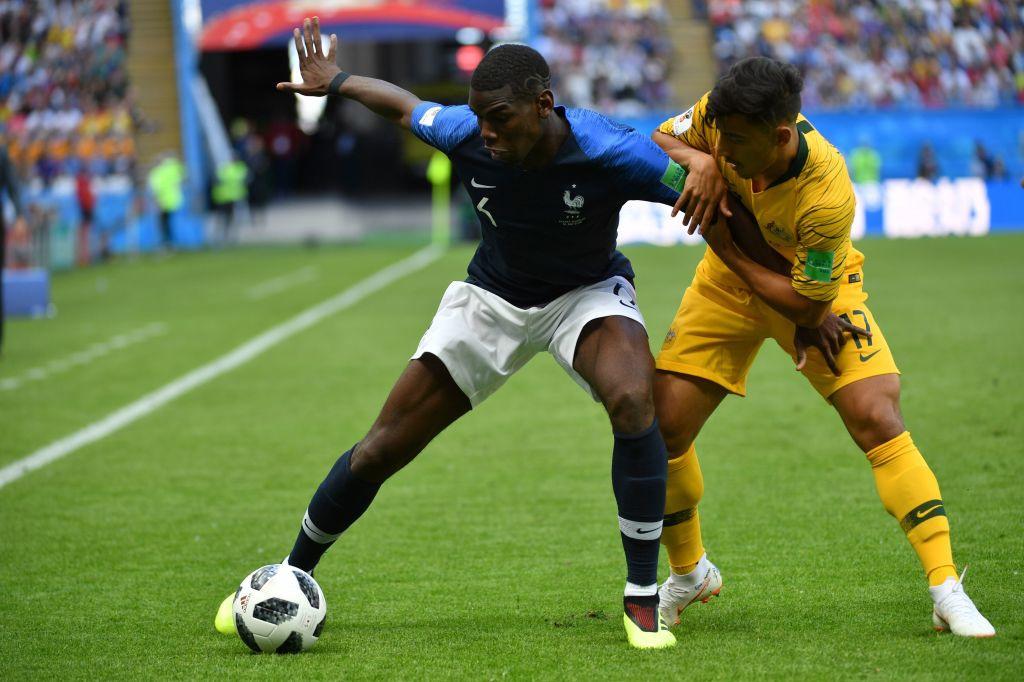 Daniel Arzani en duel avec Pogba lors du match de Coupe du monde entre la France et l'Australie., iStock