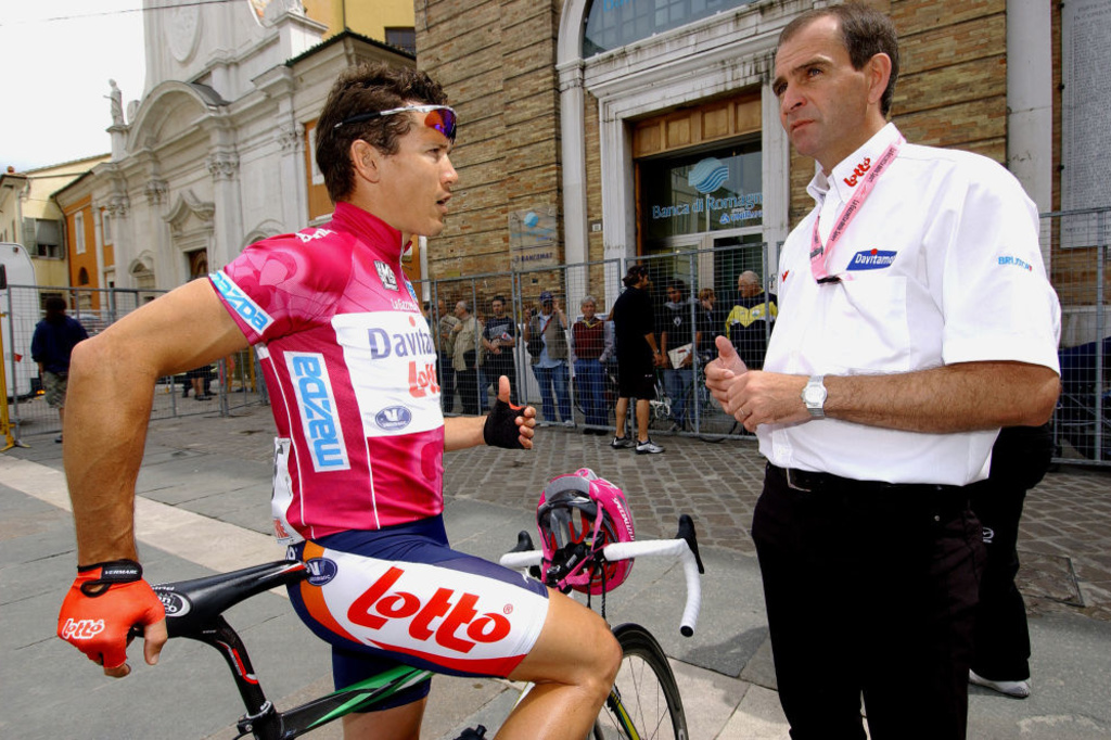 Marc Sergeant, ici avec Robbie Mc Ewen, était présent dans l'encadrement sportif de l'équipe Lotto depuis 2003., iStock