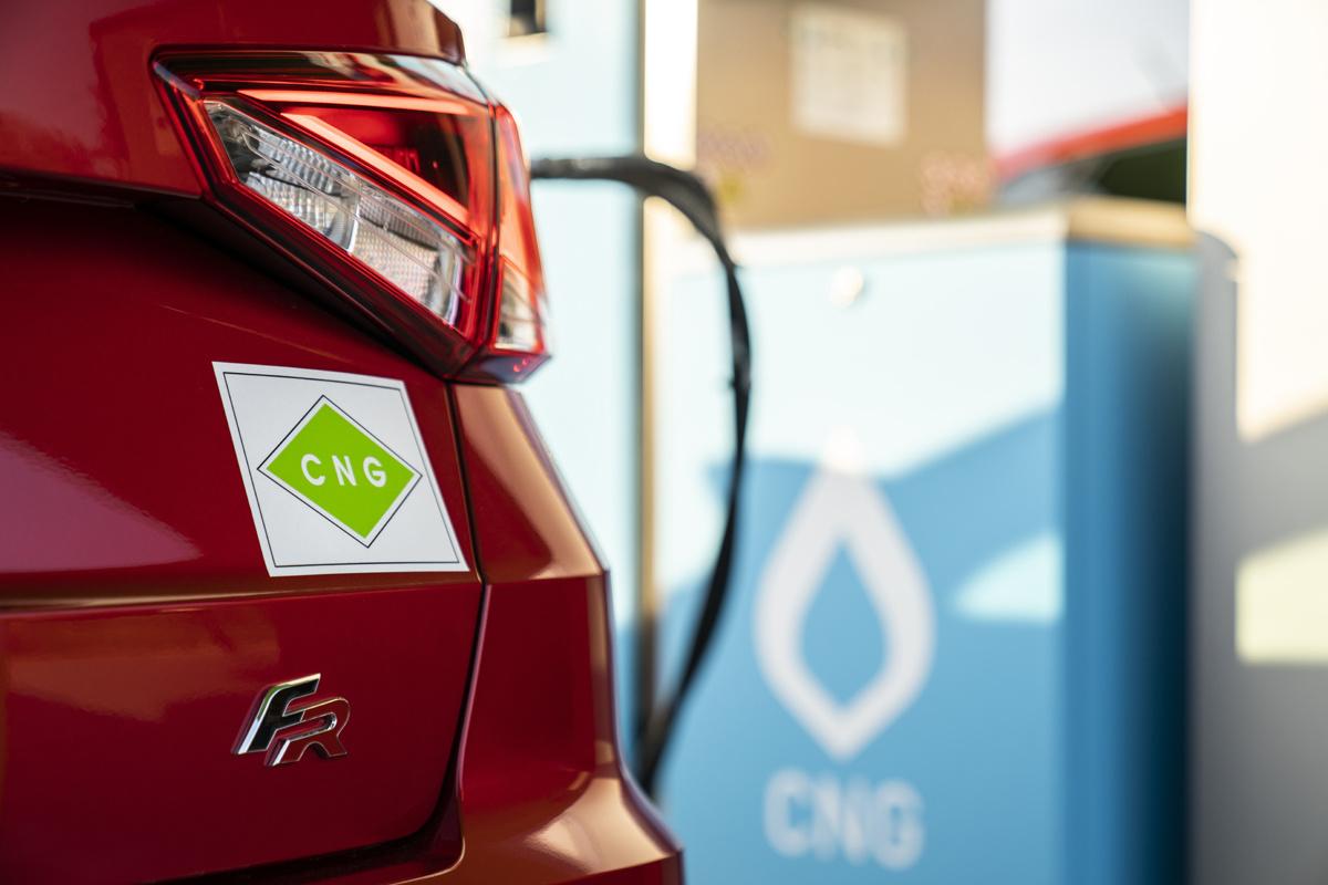 Het aantal automerken dat CNG af fabriek aanbiedt, blijft stabiel., /