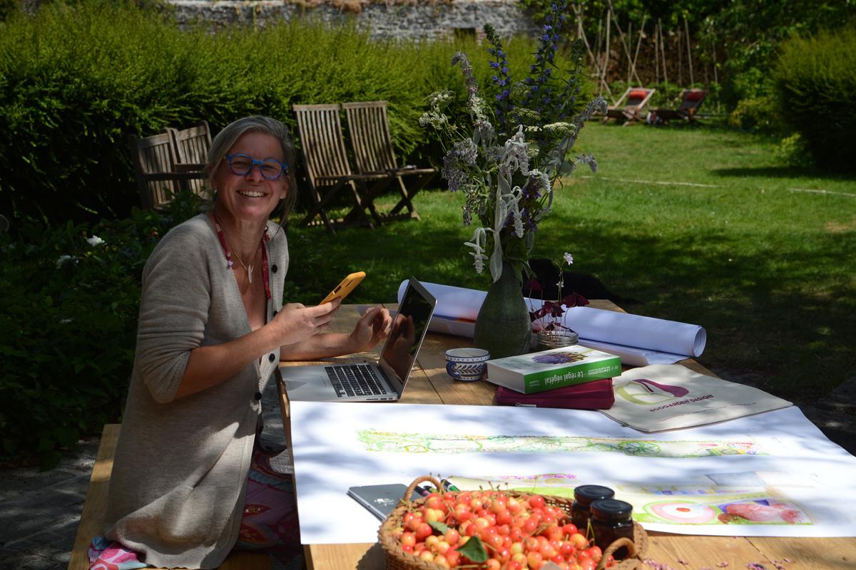 Ellen Fiers ontwerpt tuinplannen in haar eigen prairie., Frédéric Verwilghen