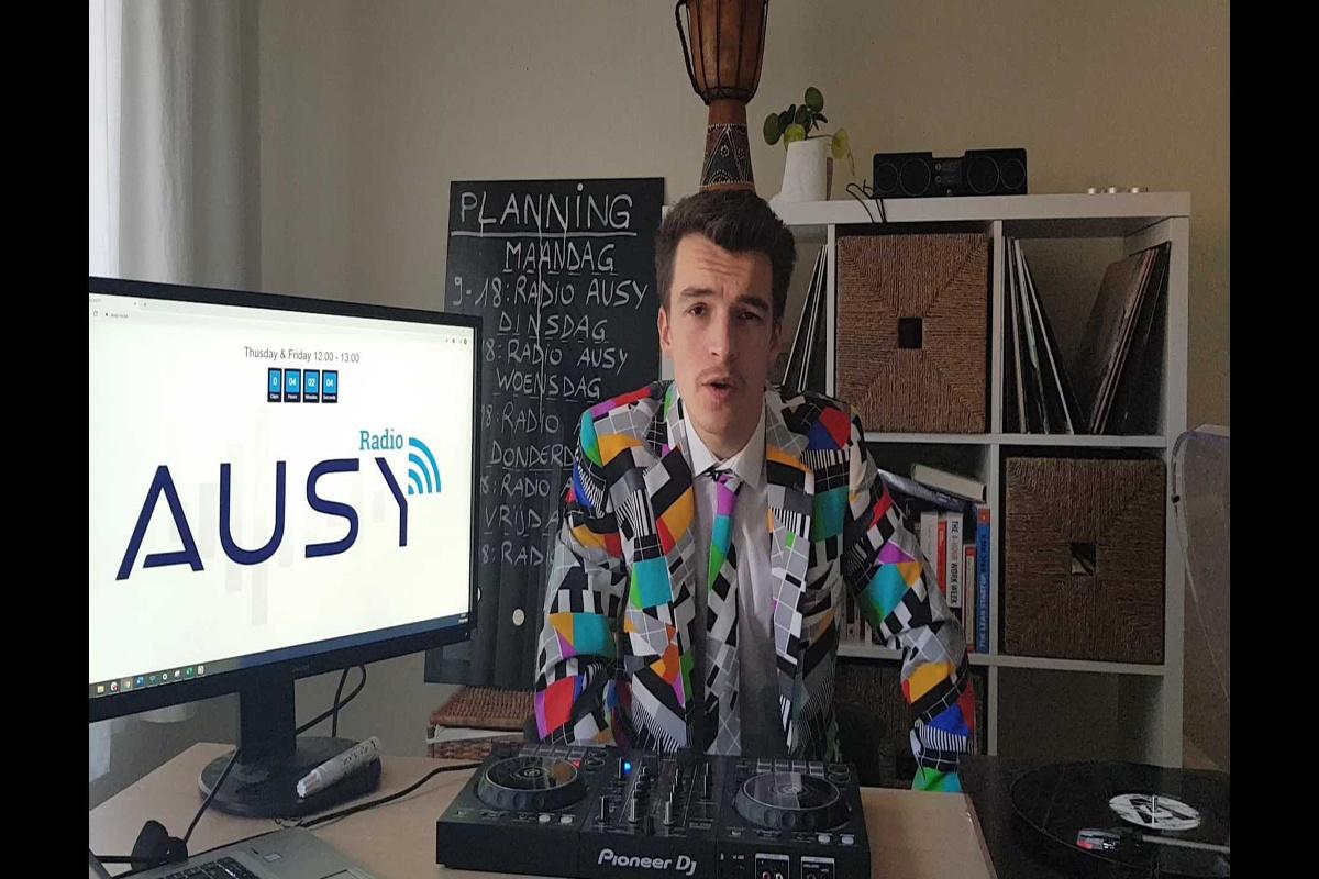 Cedric Roelandt aan de slag als radiopresentator., .