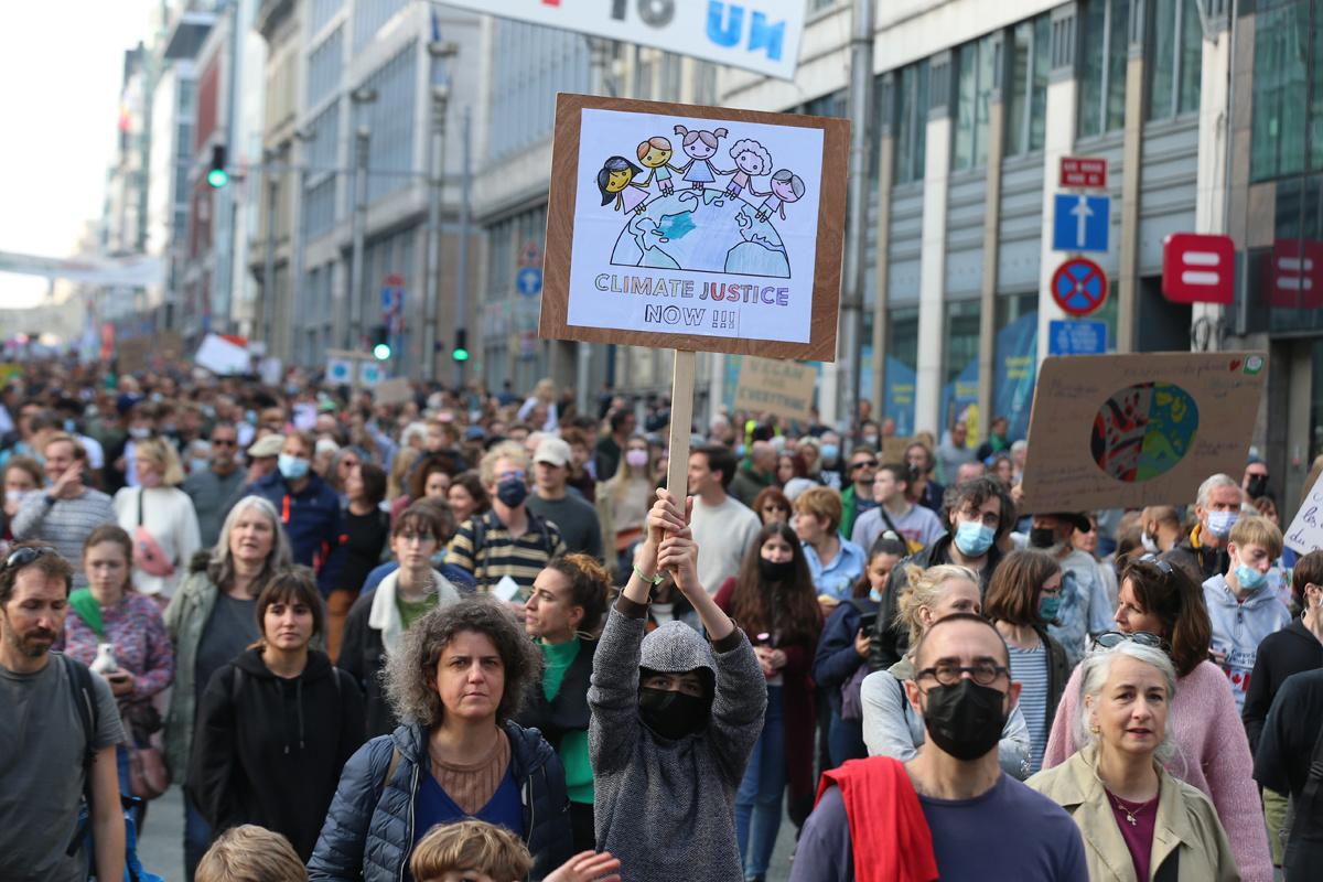Op de Klimaatmars te Brussel op 10 oktober 2021., Belga