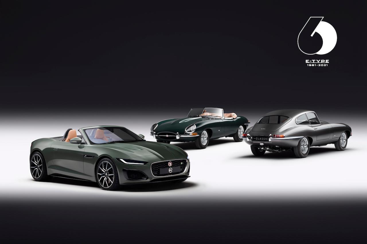 A l'avant-plan, la Jaguar Type F de la gamme actuelle en version Heritage 60., GF