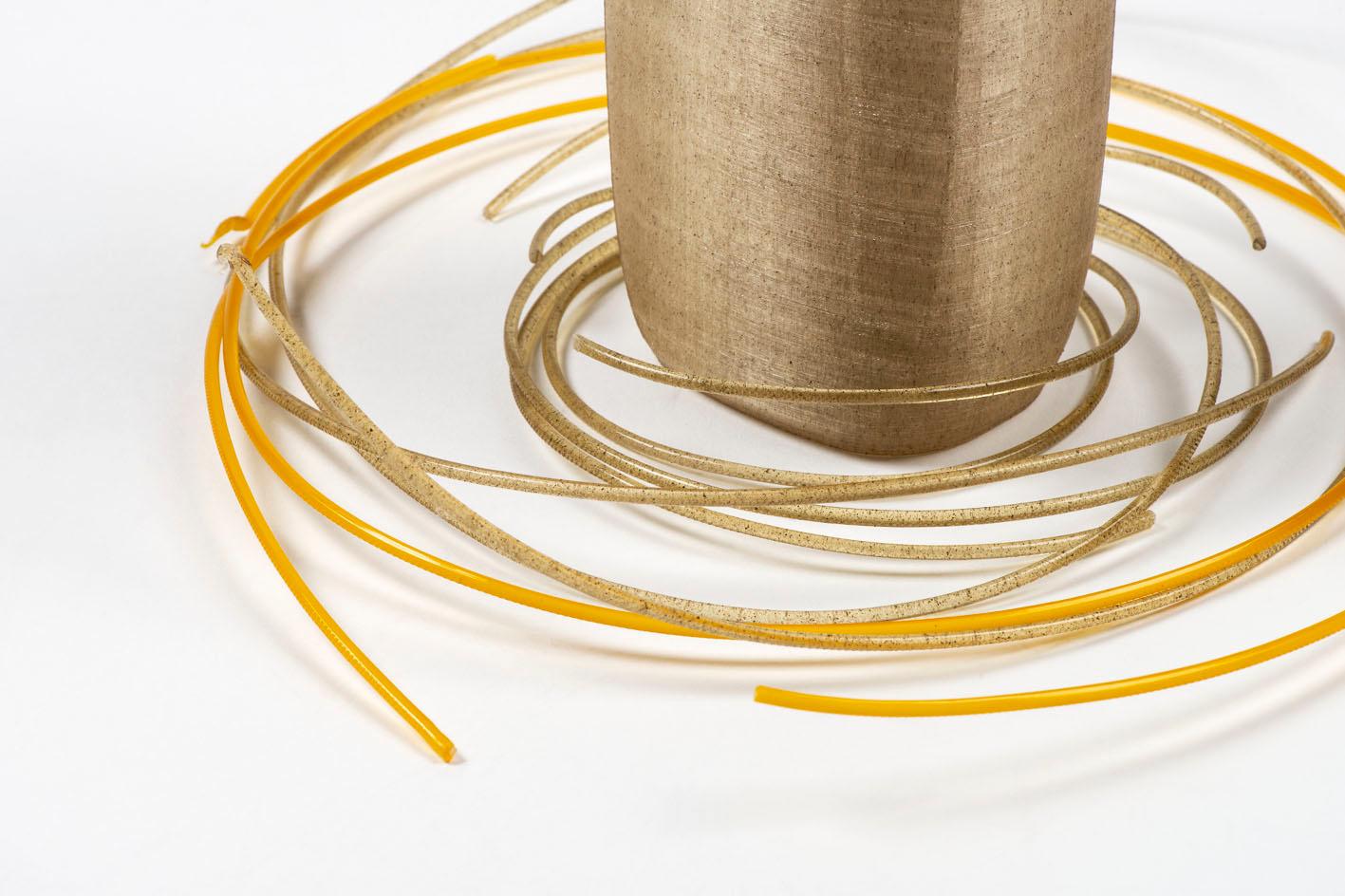 Bioplastic ontwikkeld door atelier Luma, prototype ontworpen door Circle Sector voor Ecover in samenwerking met Z33., Claire Dekens