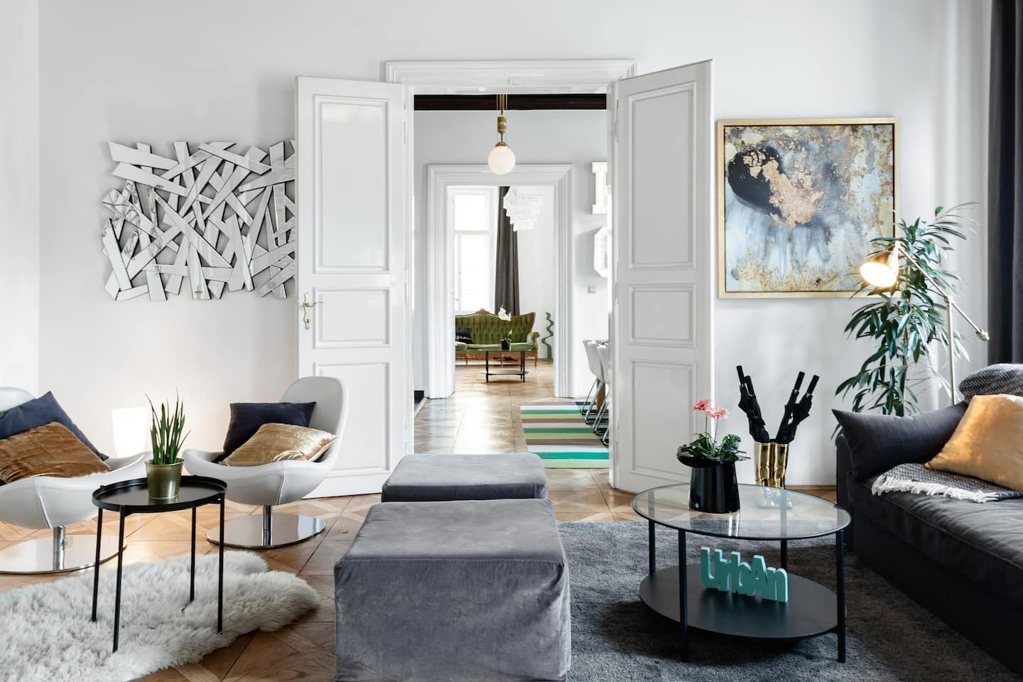 Sophisticated Apartment in the Heart of Prague, Magnus / Airbnb