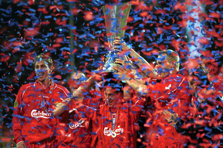 De UEFA Cup was in 2001 voor Liverpool., GETTY
