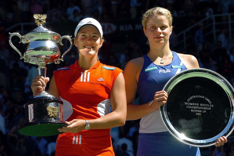 Justine Henin wint de finale van de Australian Open van 2004 tegen Kim Clijsters, Belga Image