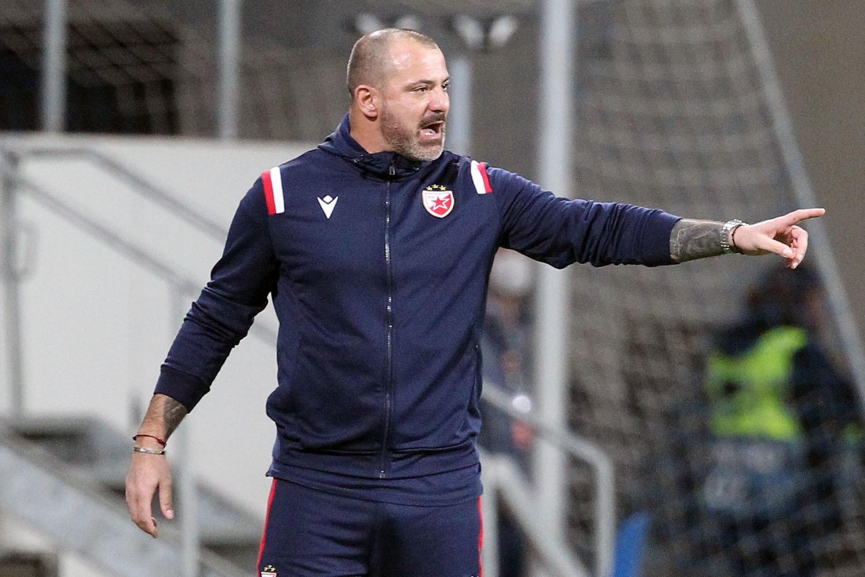 Het is nog niet duidelijk of coach Dejan Stankovic vanavond op de bank zal zitten tegen Gent, Belga Image