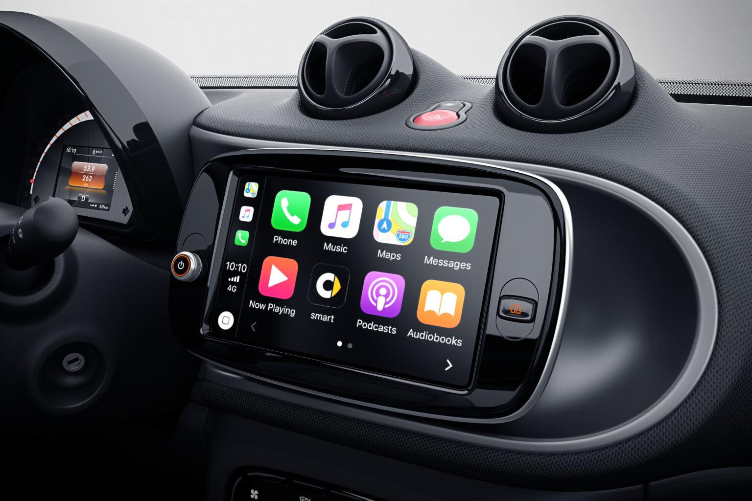 Désormais, sur toutes les Smart, la connexion Apple Car s'effectue sans fil., GF