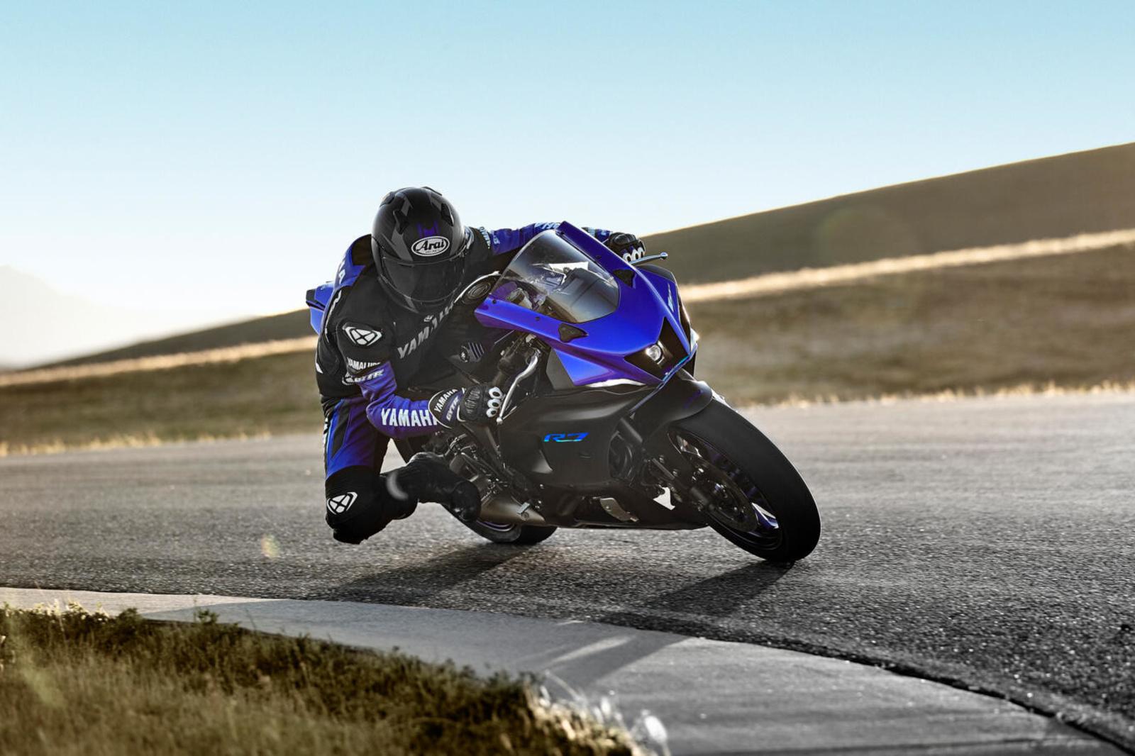 La Yamaha offre la possibilité de se plonger dans le monde des motos sportives à moindre frais., GF