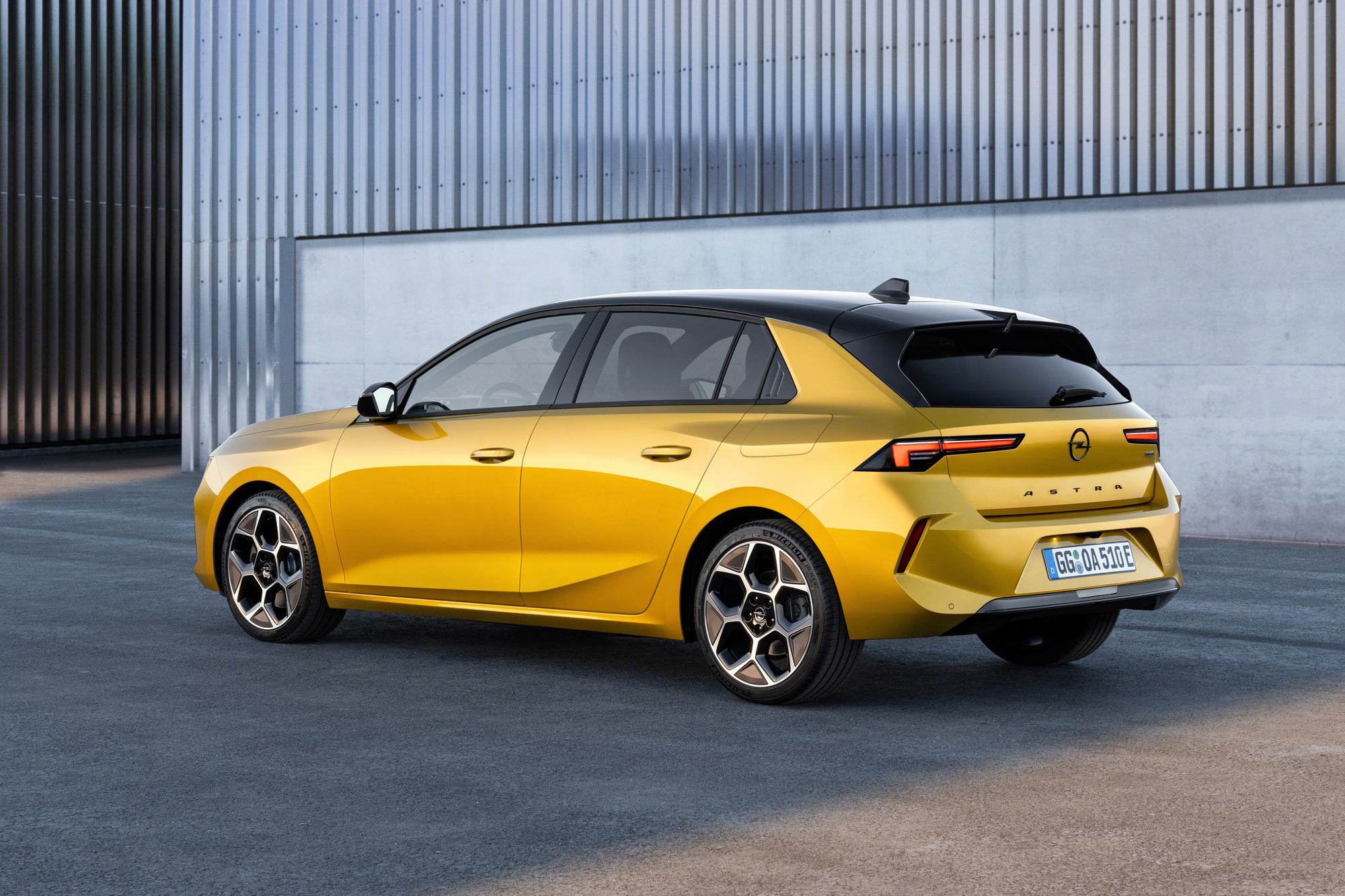 Le nouveau dessin de l'Astra sort la sixième génération de la trop grande pudeur stylistique de la précédente (et actuelle)., GF