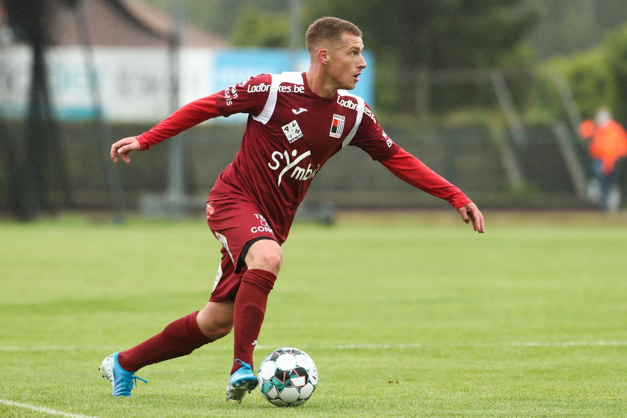 Tout comme le RWDM, Joeri Dequevy retrouve le foot pro., belga