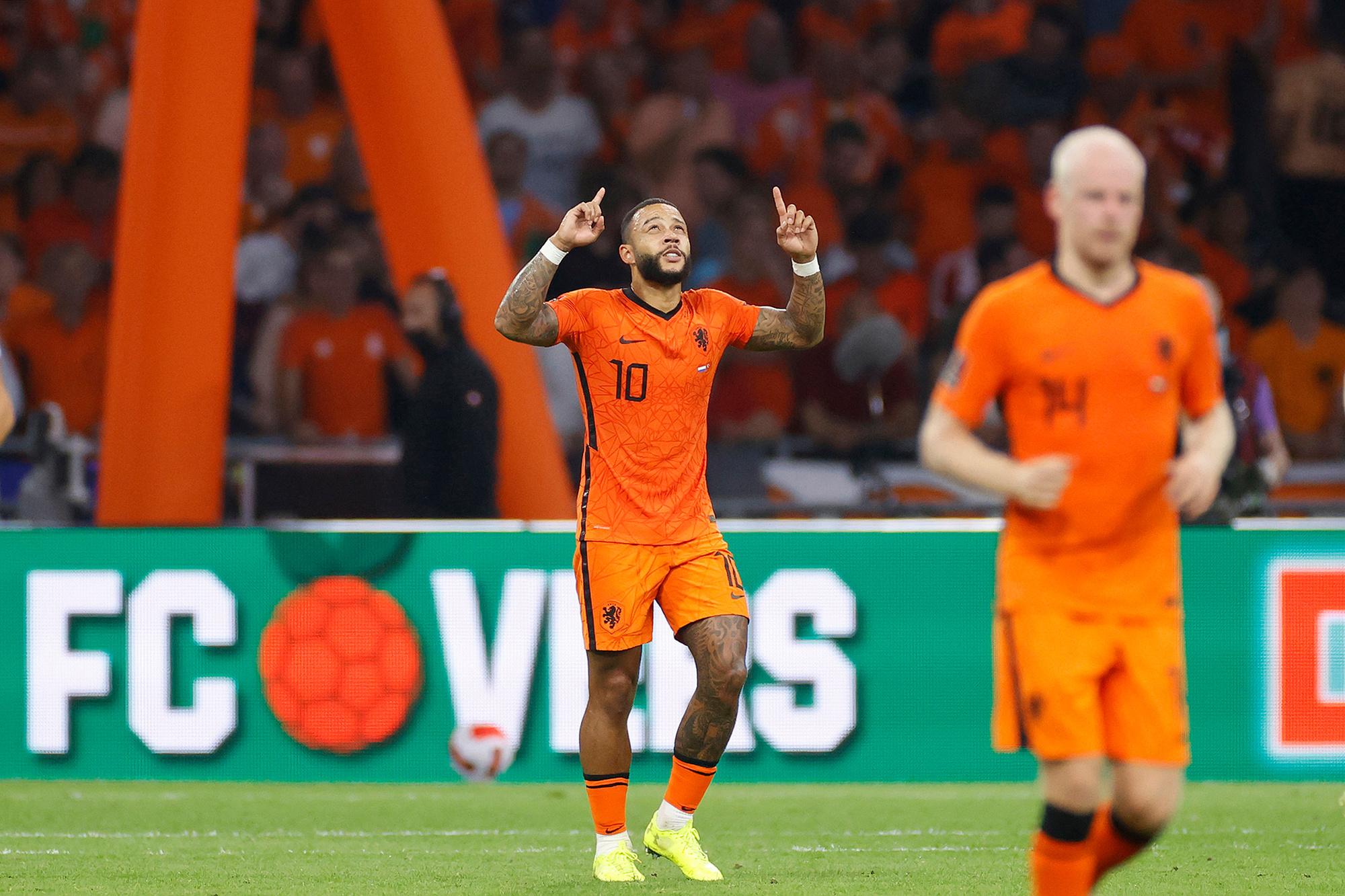 Memphis Depay s'est offert un triplé contre la Turquie., belga