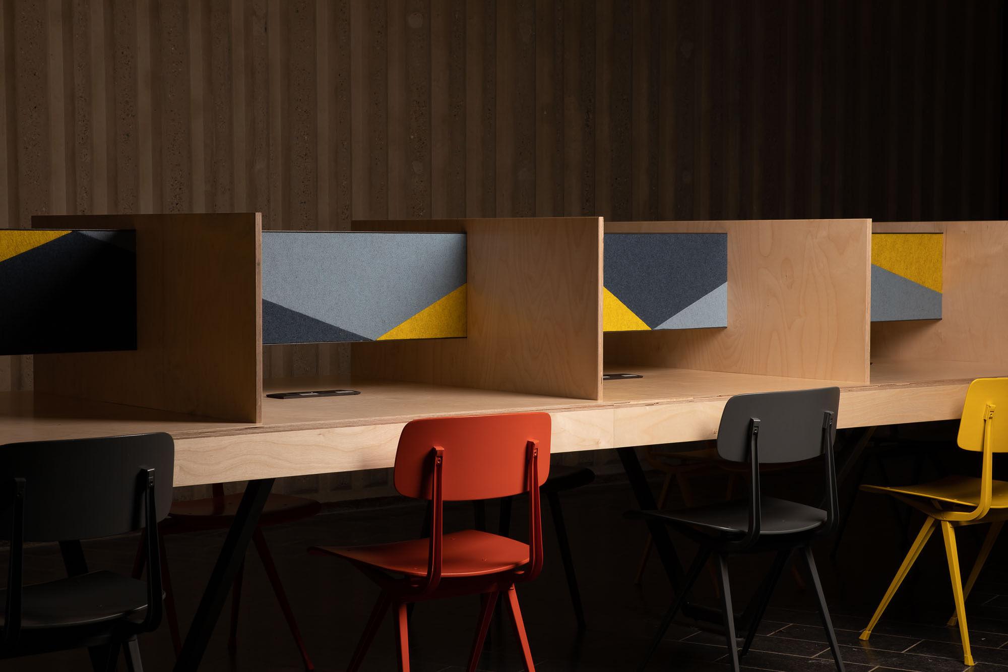 Werktafels voor de universiteit van Luik, Idrisse Hidara