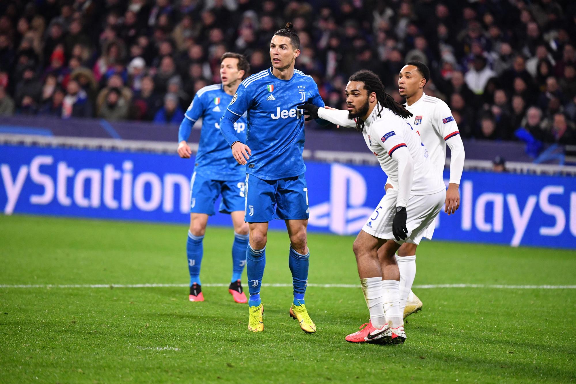 Le huitième retour face à la Juventus de CR7 s'annonce crucial pour l'OL et Denayer., belga