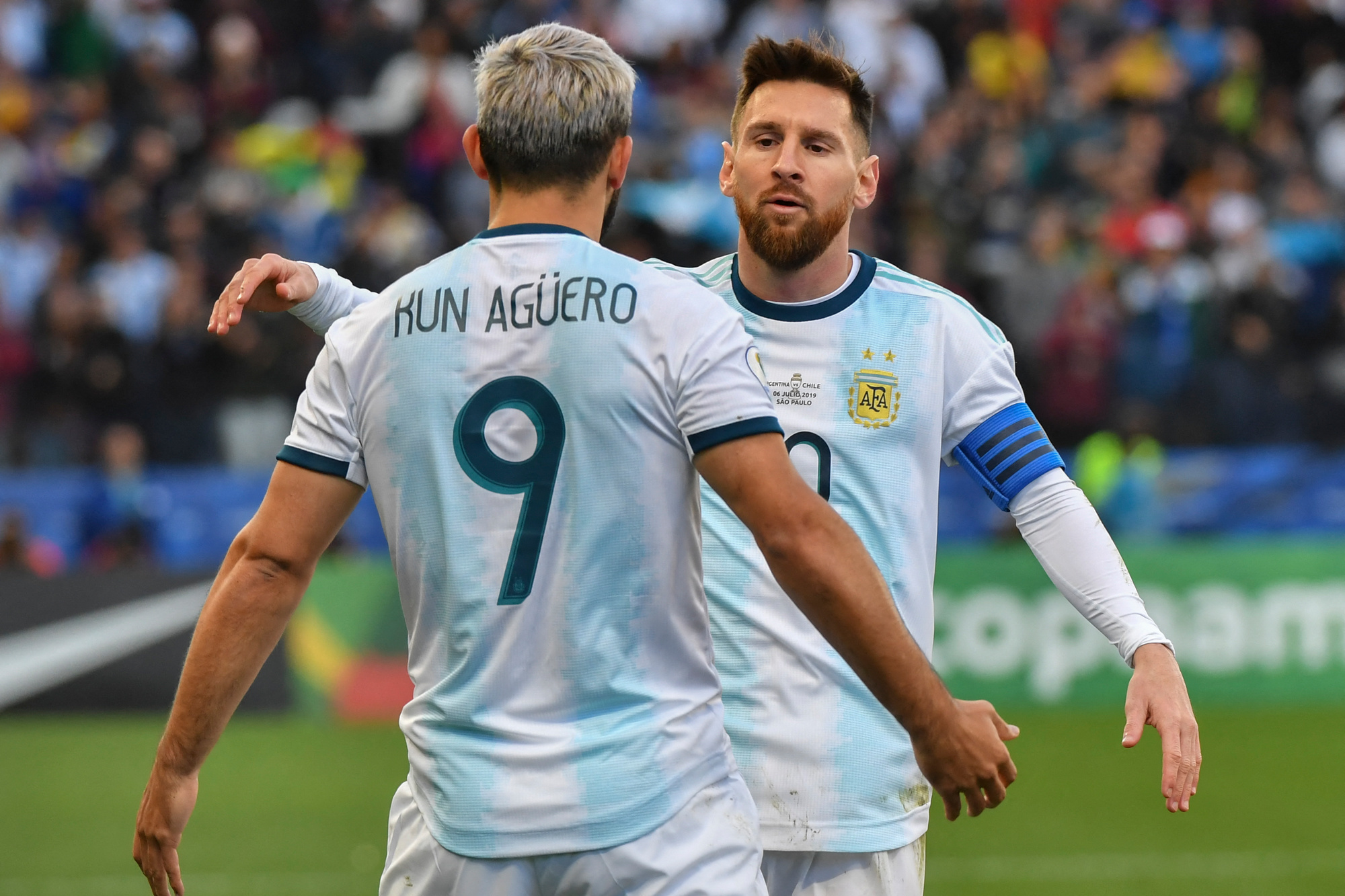 El Kun retrouvera-t-il son pote Messi au Barça ?, BELGA/AFP