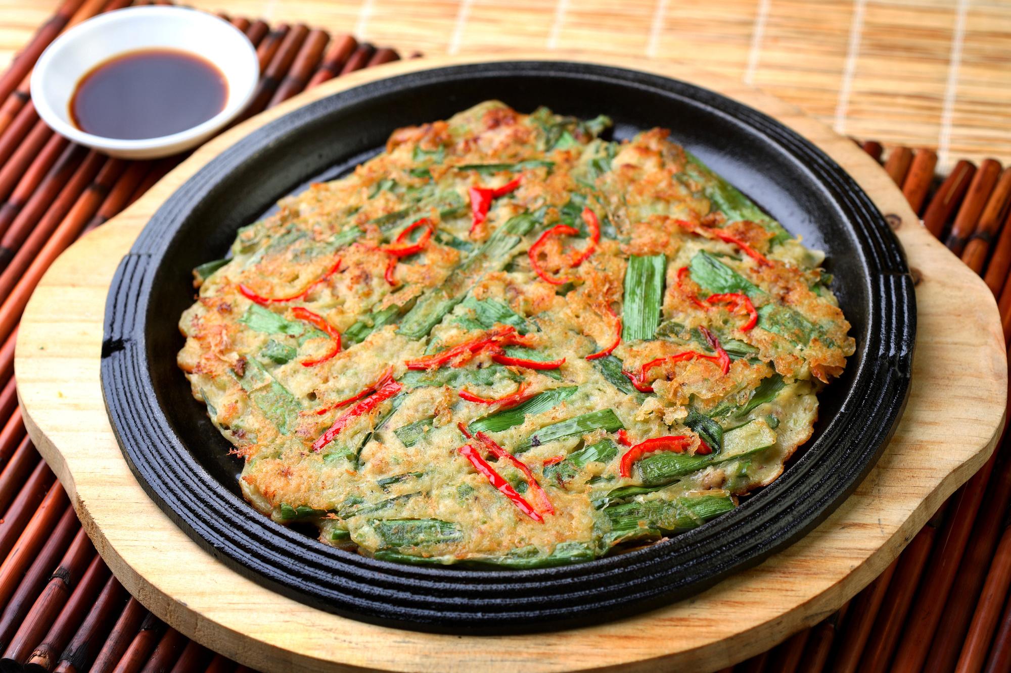 Yachaejeon - pancake coréen., iStock
