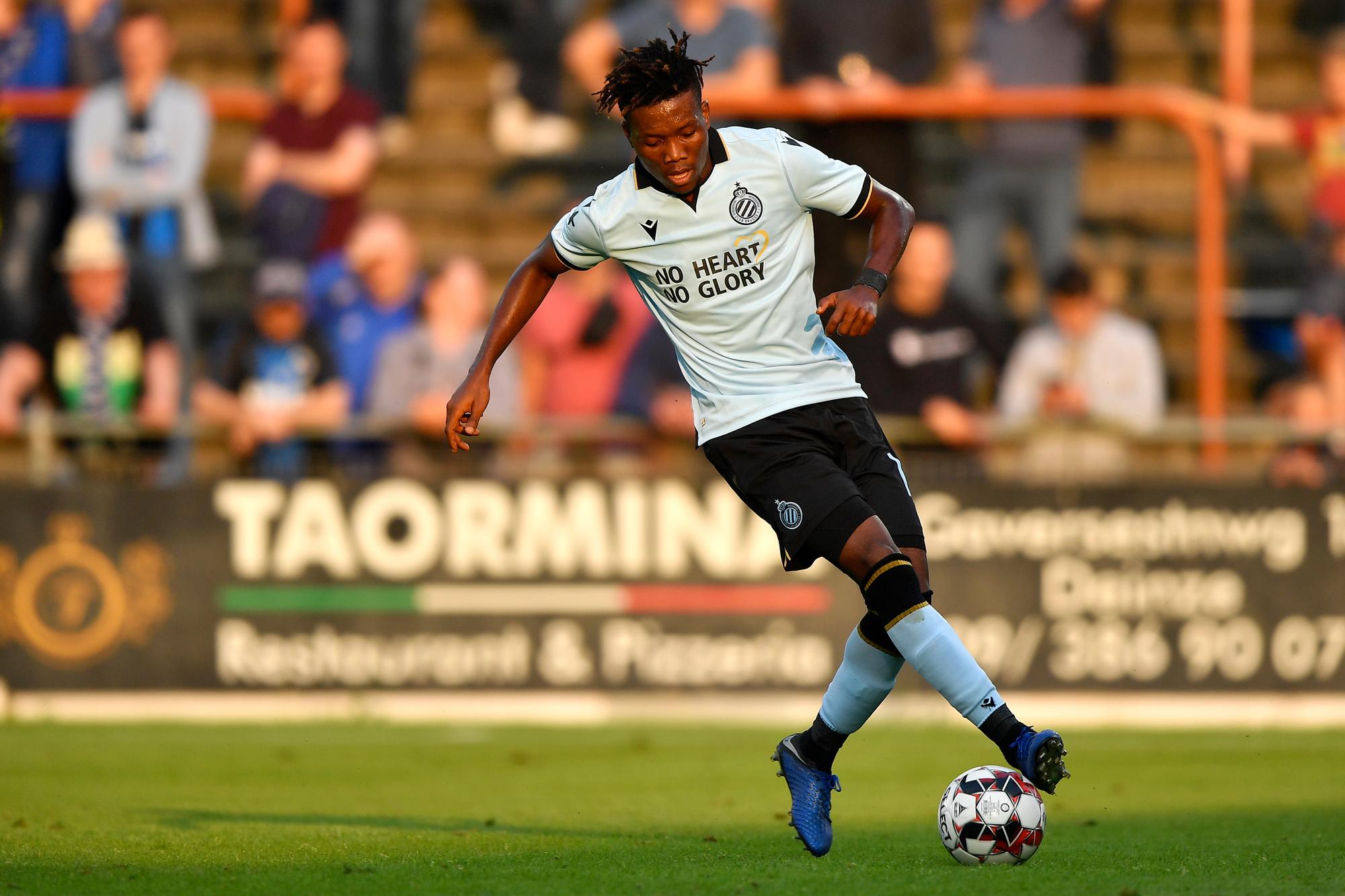 Clement probeerde in het begin van het seizoen ook eens de valse negen uit met Okereke., belgaimage