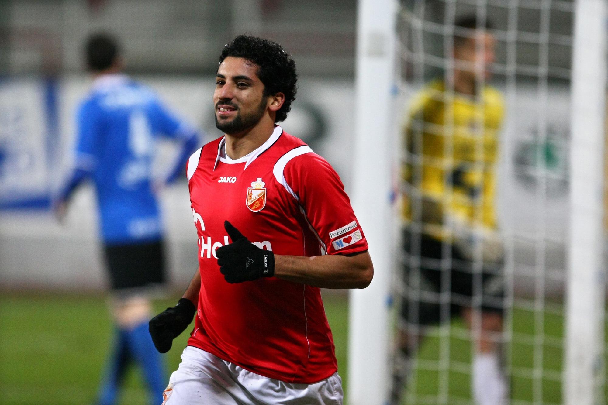 Mohamed Dahmane sous le maillot de Mons., belga