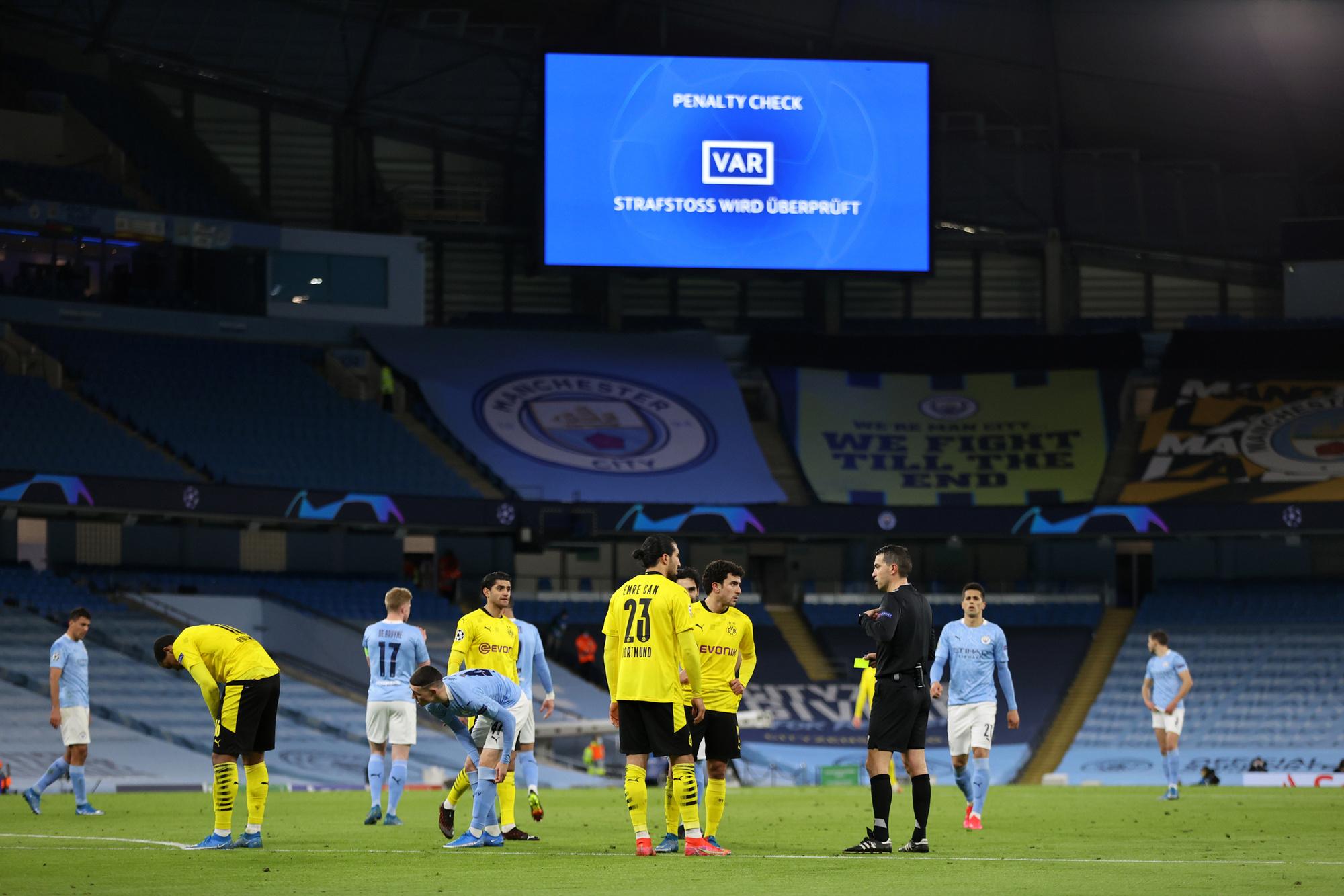 Manchester City won deze week nog in een leeg eigen huis tegen Dortmund, GETTY