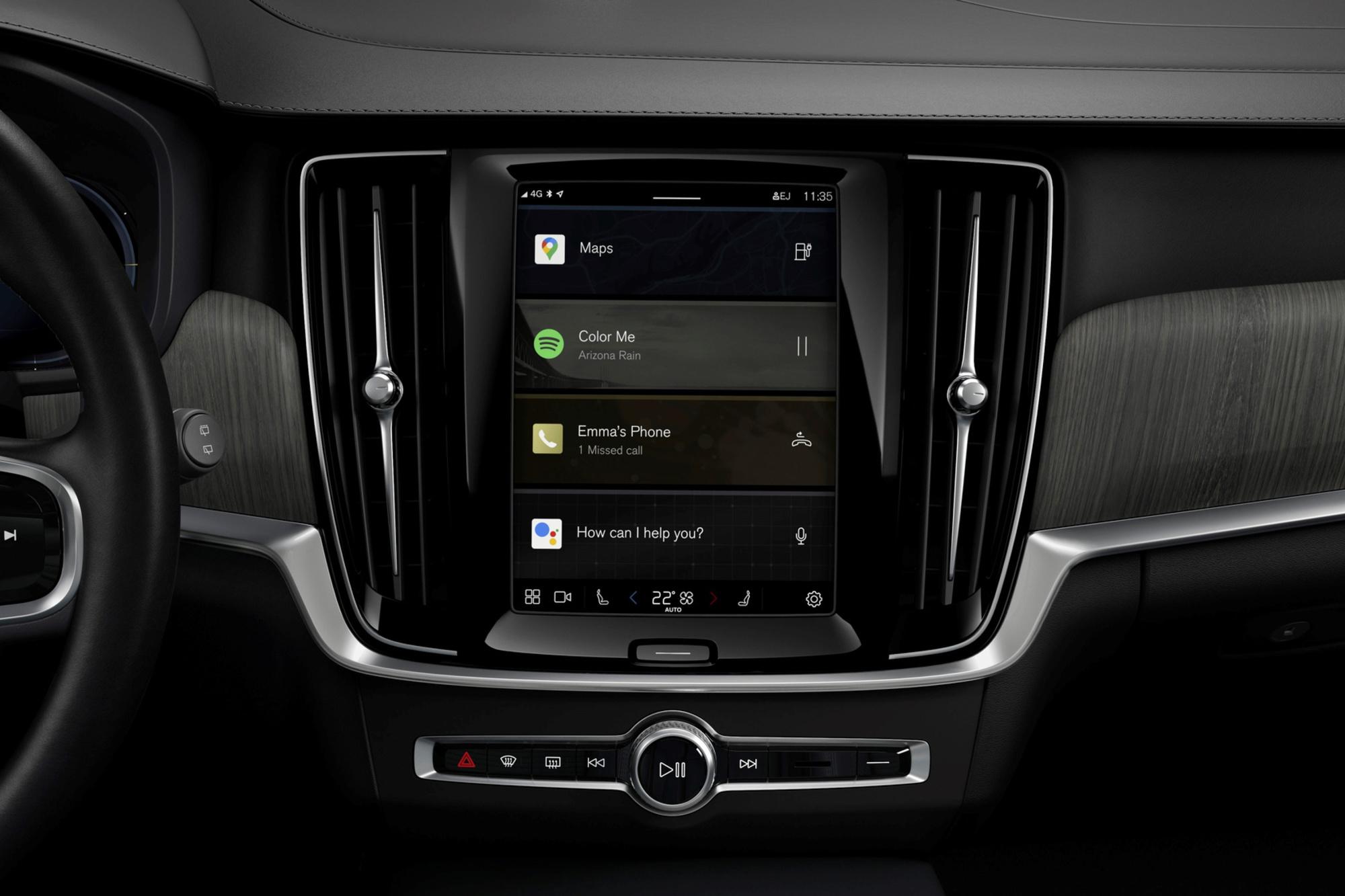 Contrairement à Android Auto, plus besoin d'appairer son téléphone pour profiter de l'univers Google, il est autonome à bord du véhicule., GF