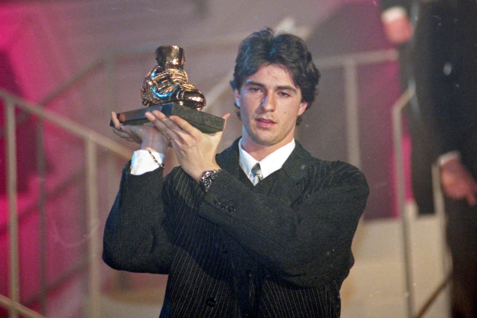 En 1995, Paul Okon est le premier non-Européen à remporter le Soulier d'or., belga