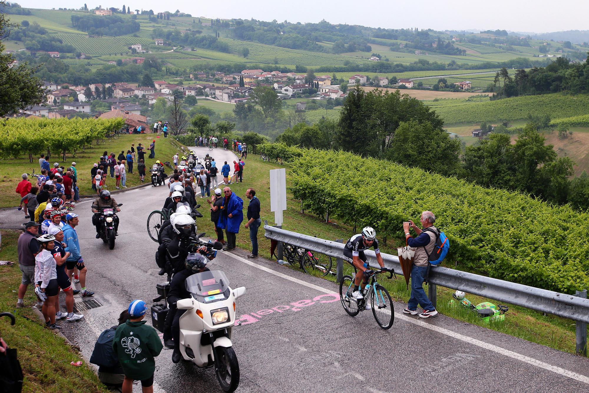 Thomas De Gendt klimt in 2014 de Muro di Ca' del Poggio op., GETTY