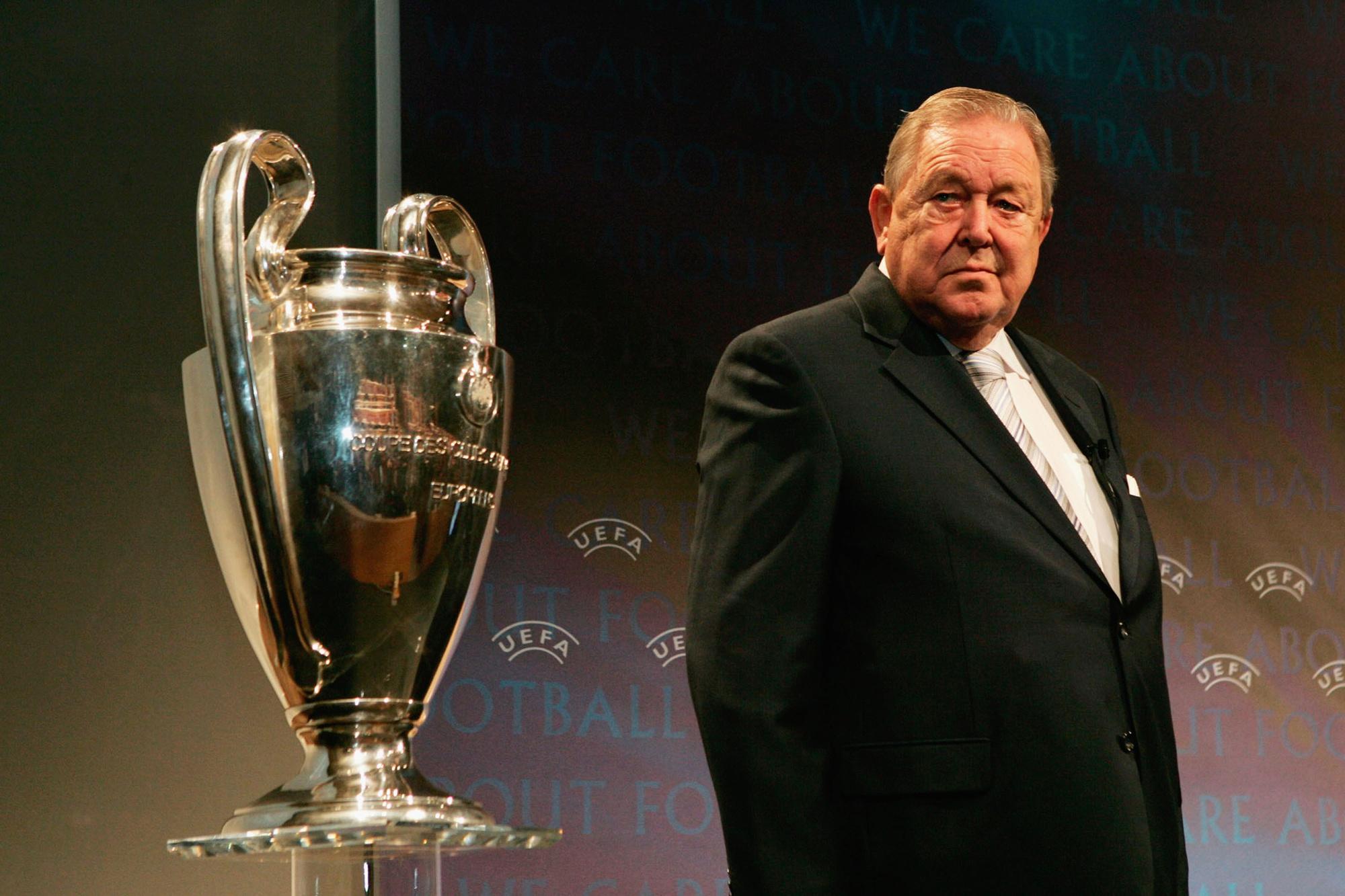 Voormalig UEFA-voorzitter Lennart Johansson zag wel wat in de bid van België en Nederland, GETTY