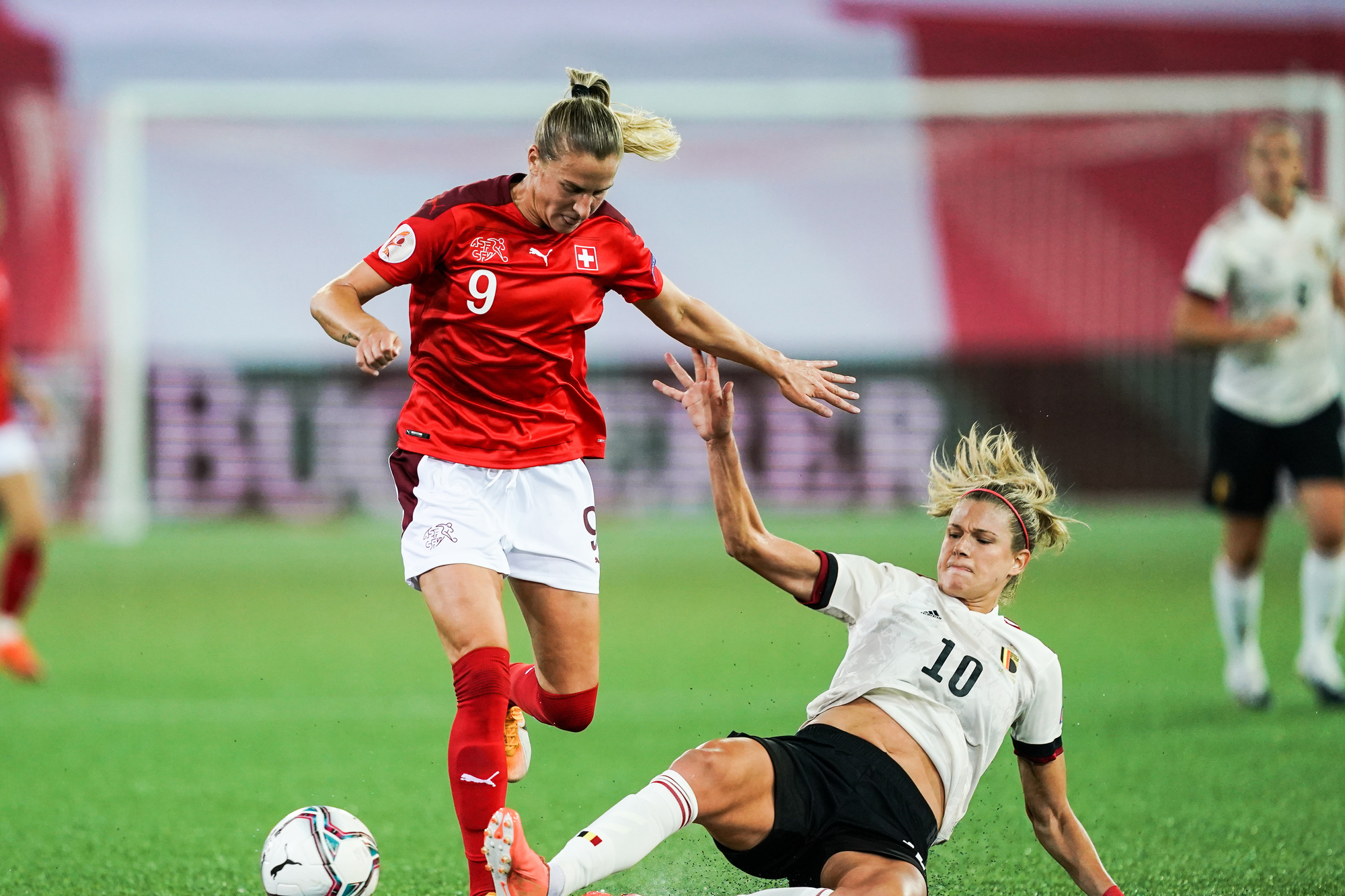 Justine Vanhaevermaet face à la Suisse, un match très décevant pour les Flames., SIPAUSACOLLECTIONS