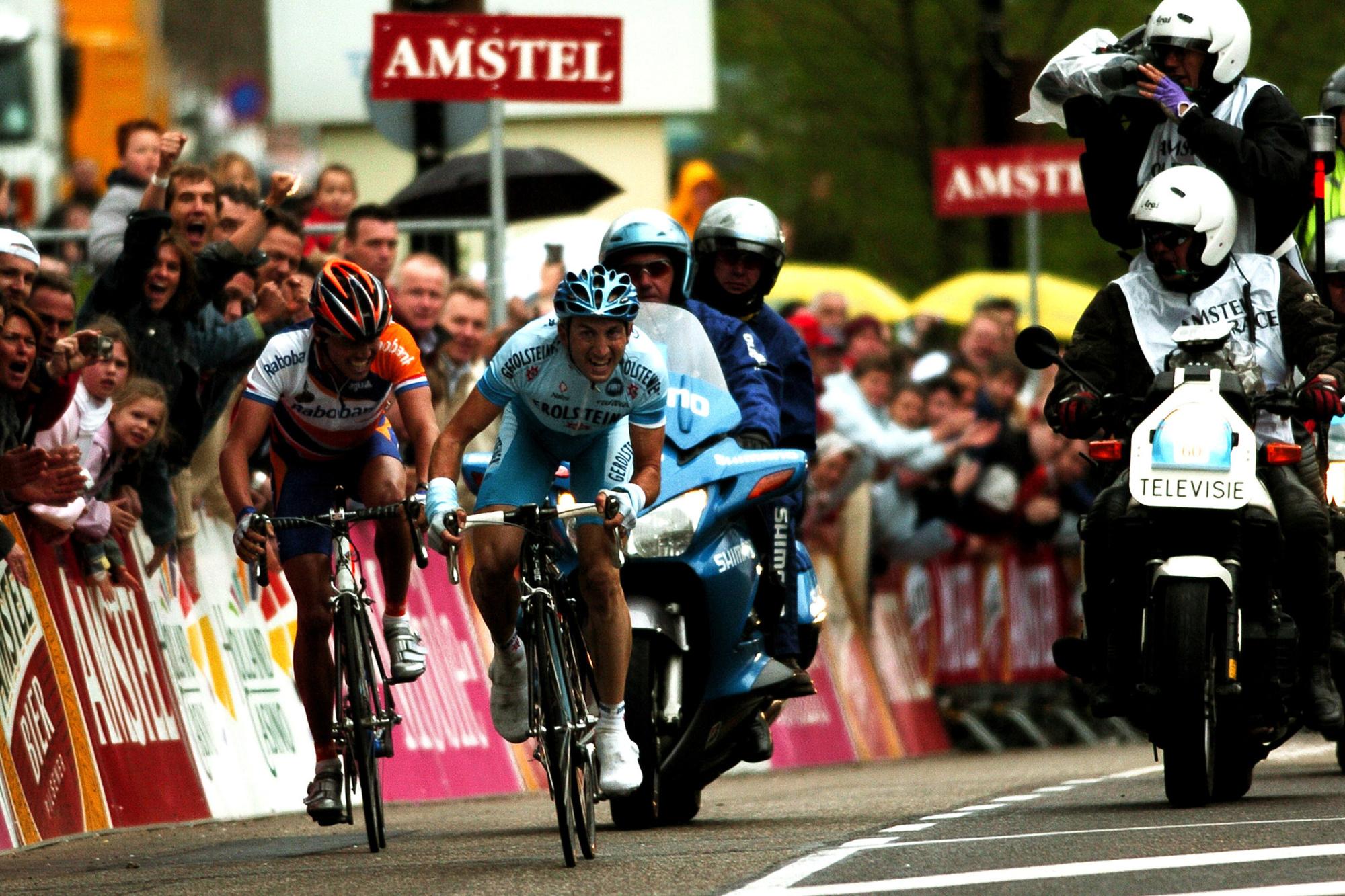 Davide Rebellin bat Michael Boogerd au sprint à Valkenburg., iStock