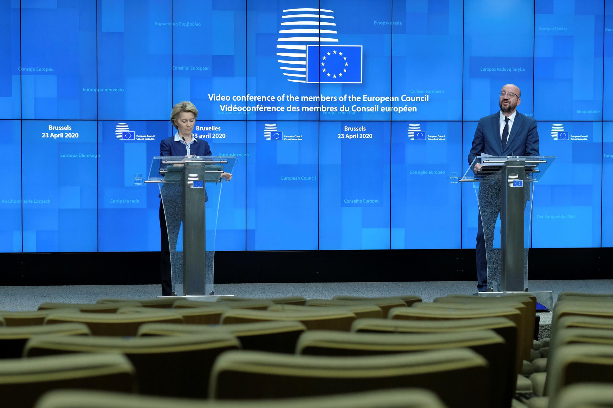Ursula Von Der Leyen et Charles Michel, Olivier HOSLET / AFP