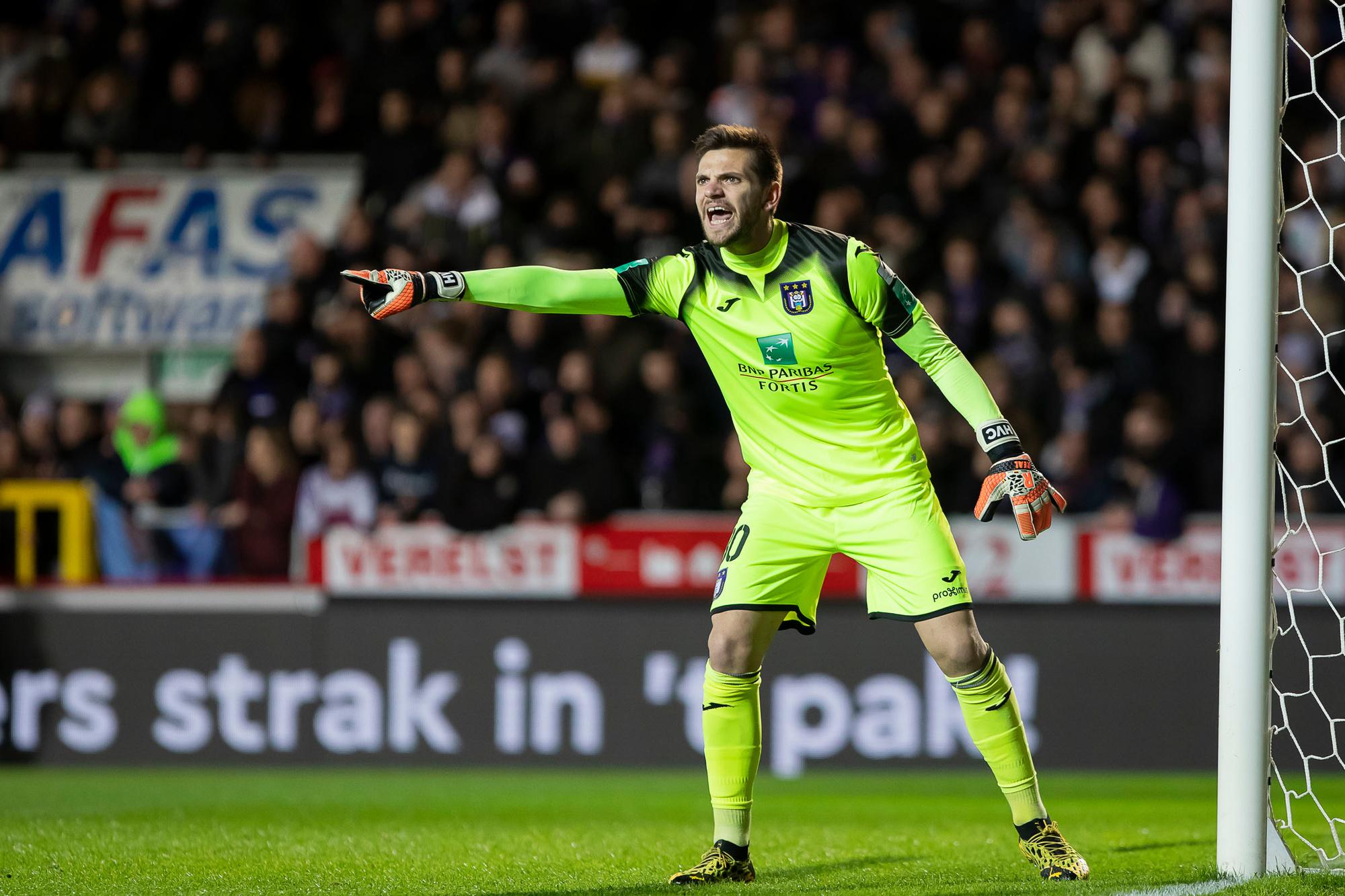 Hendrik Van Crombrugge keepte geweldig, maar Anderlecht zou toch geen play-off 1 hebben gehaald., Belga Image