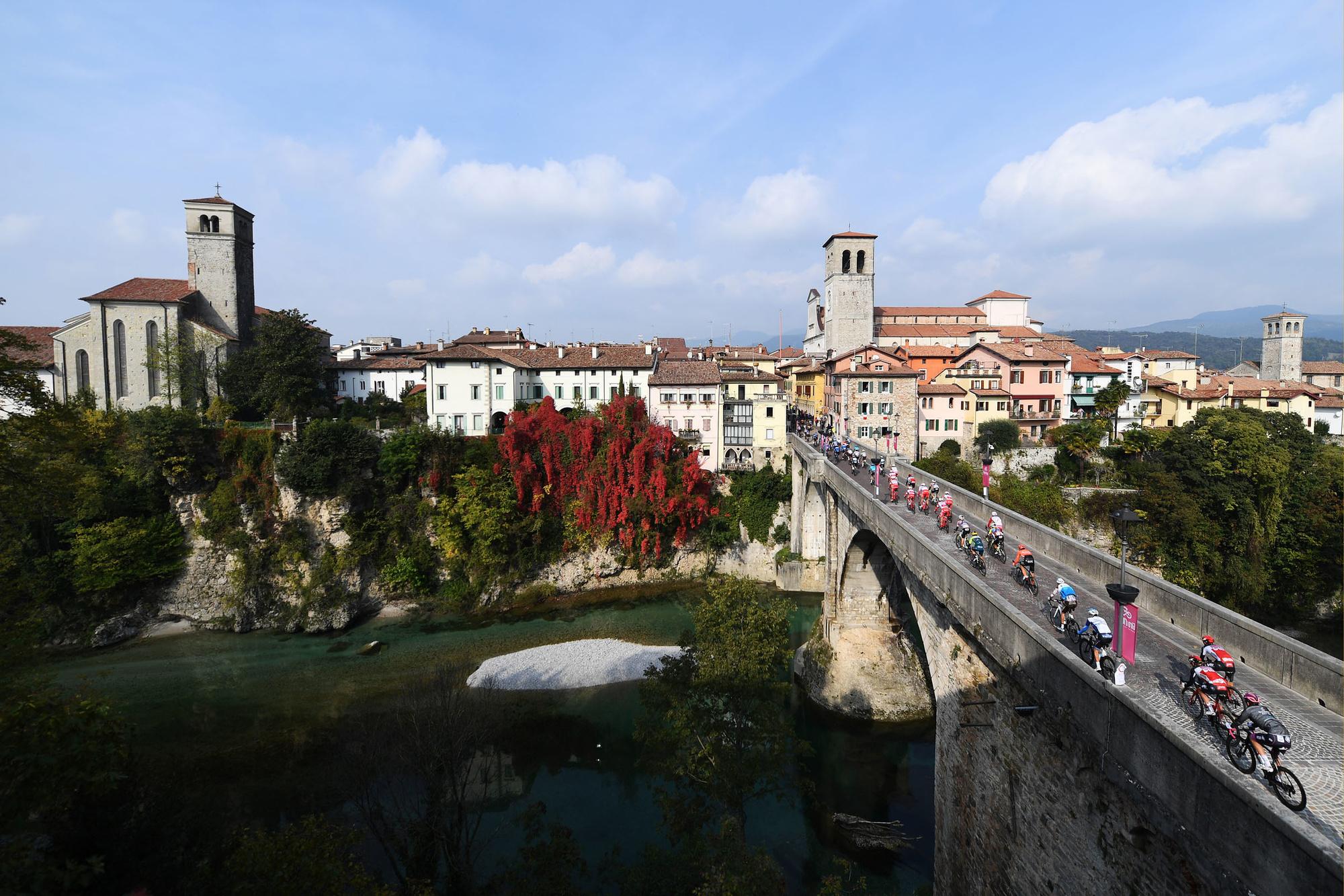 De renners rijden Friuli binnen, GETTY