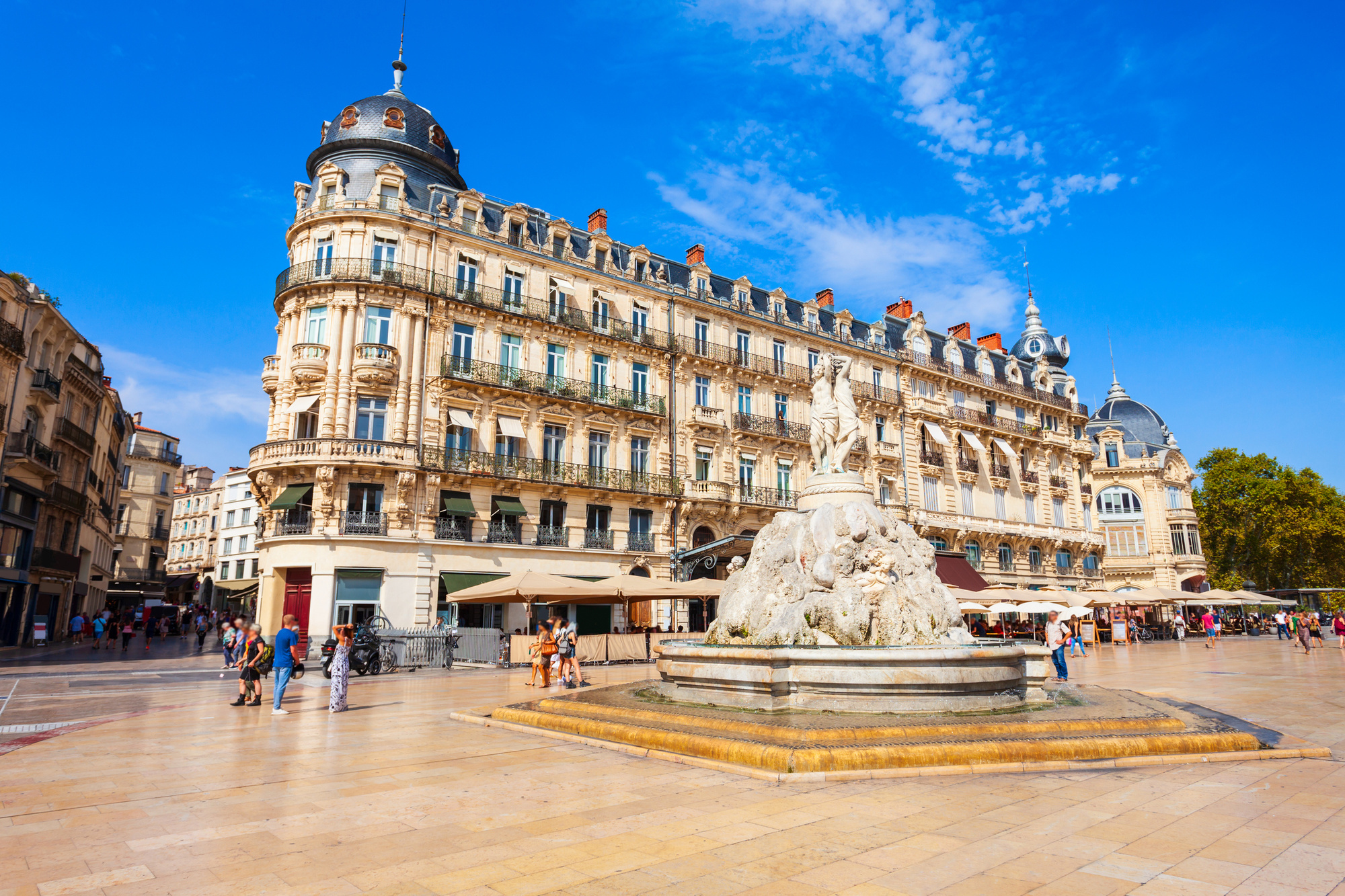 Place de la Comedie, Montpellier, Getty