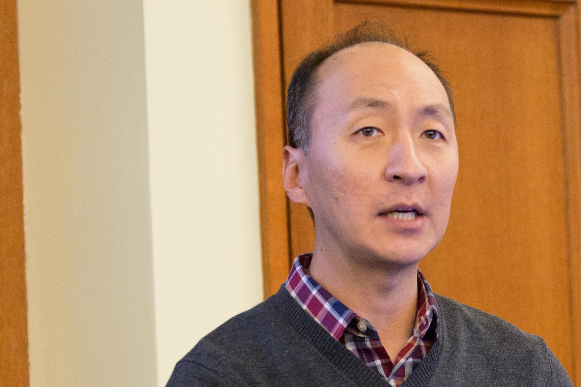 Insoo Hyun, Wikipedia