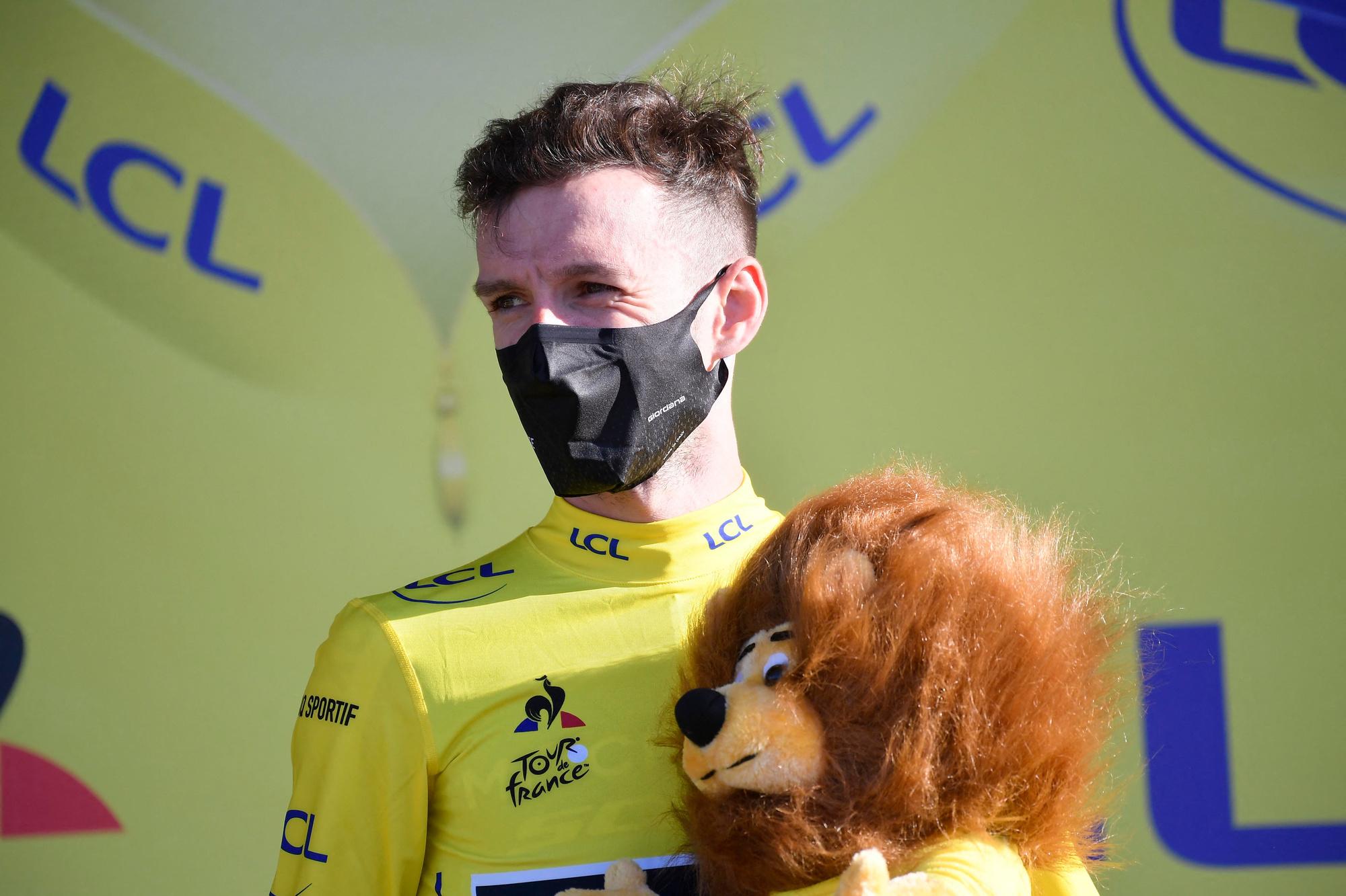 Adam Yates, le neuvième Britannique en jaune., belga