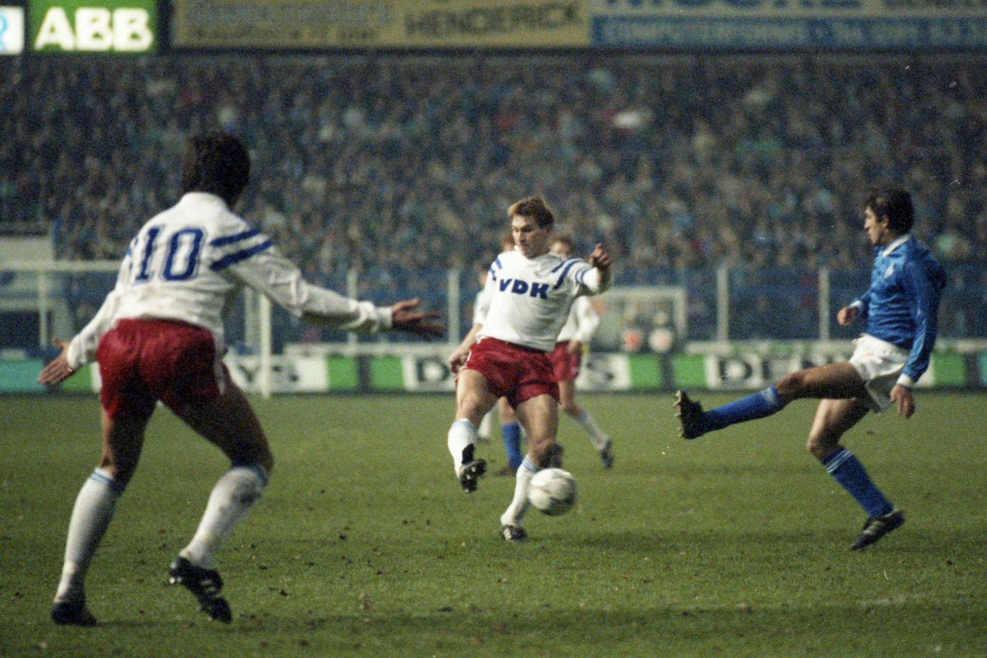 KAA Gent won de heenwedstrijd in eigen huis met 2-0, Belga Image