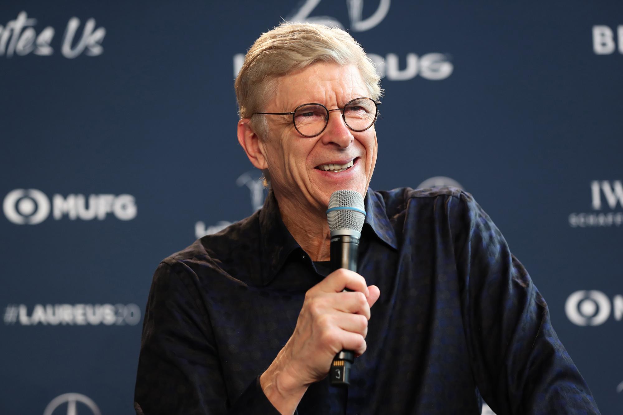 Arsène Wenger: 'De volgende stap in het voetbal zal zijn: de snelheid van de hersenen verbeteren.' , GETTY