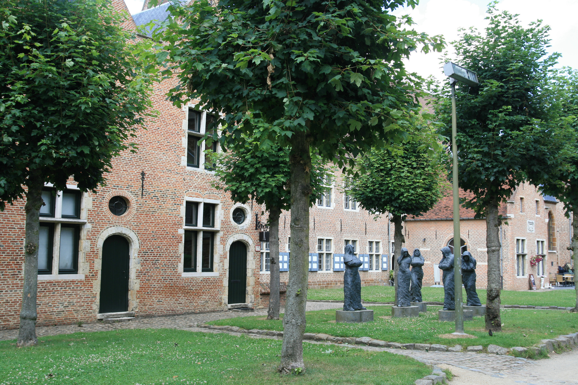 Begijnhof in Diest, Getty