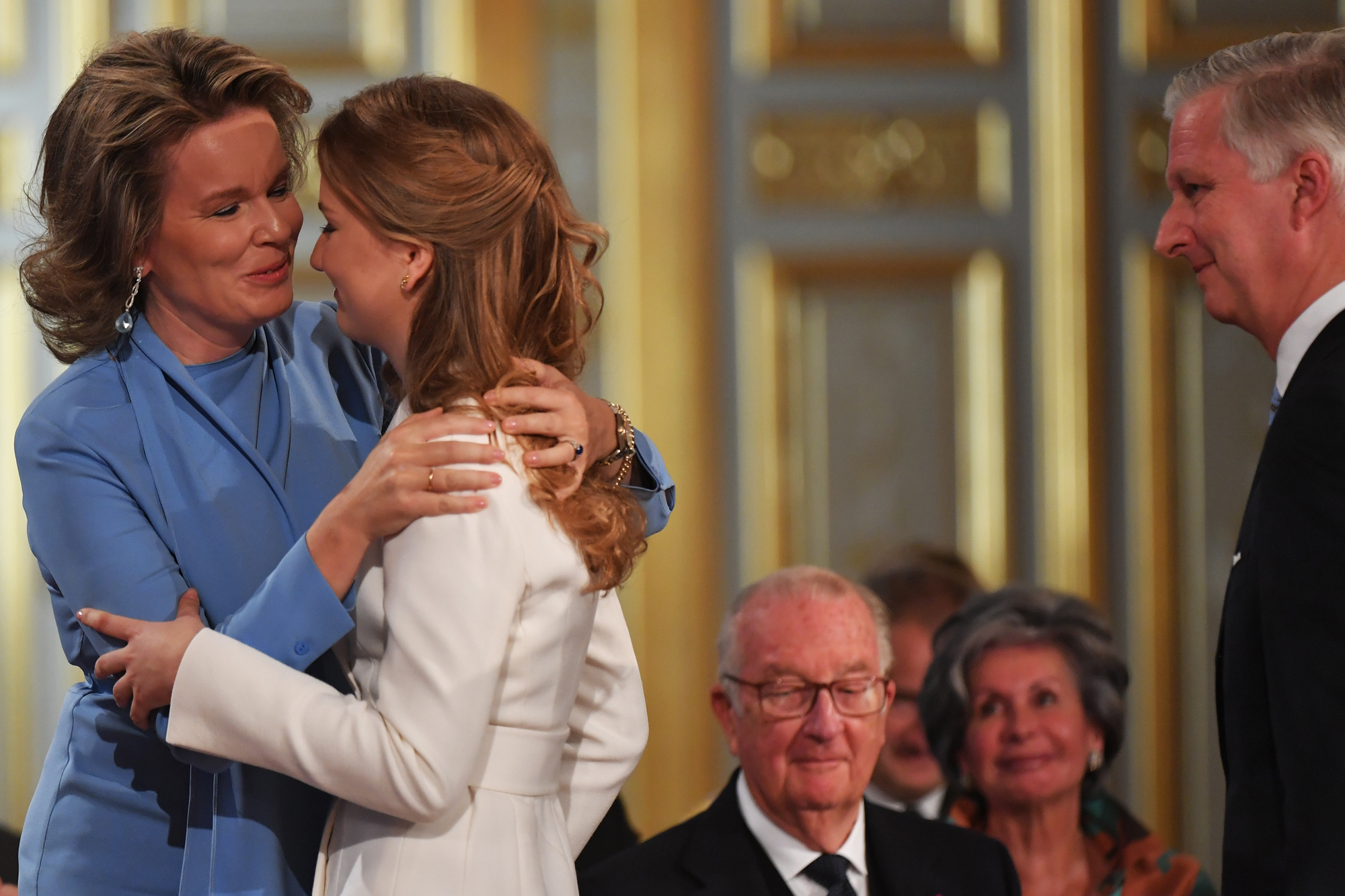 Kroonprinses Elisabeth en koningin Mathilde, Belga Image