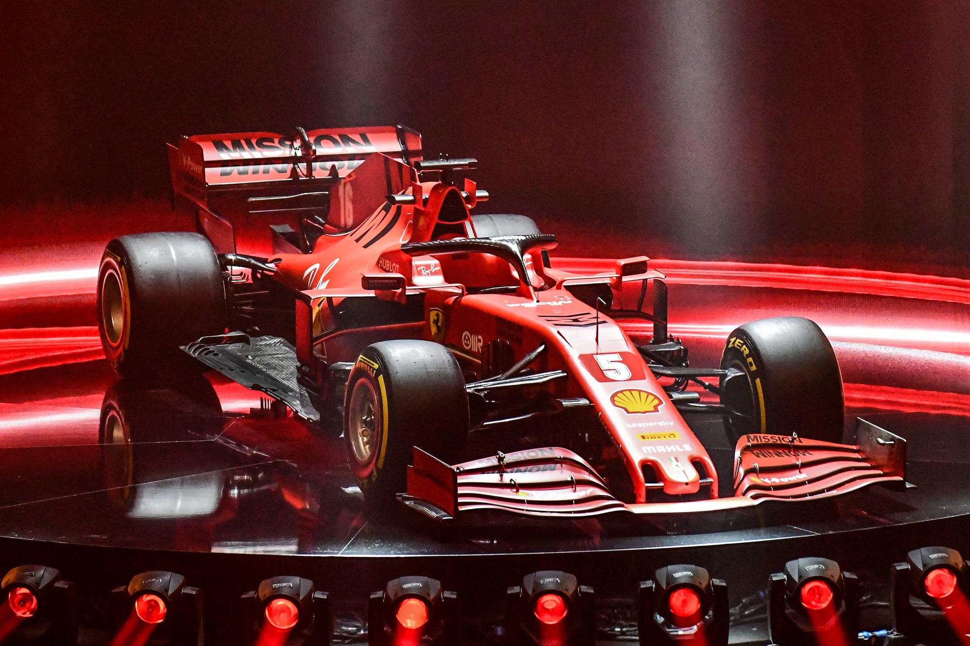 In deze Ferrari SF1000 moet Vettel een gooi doen naar de wereldtitel., Belga Image