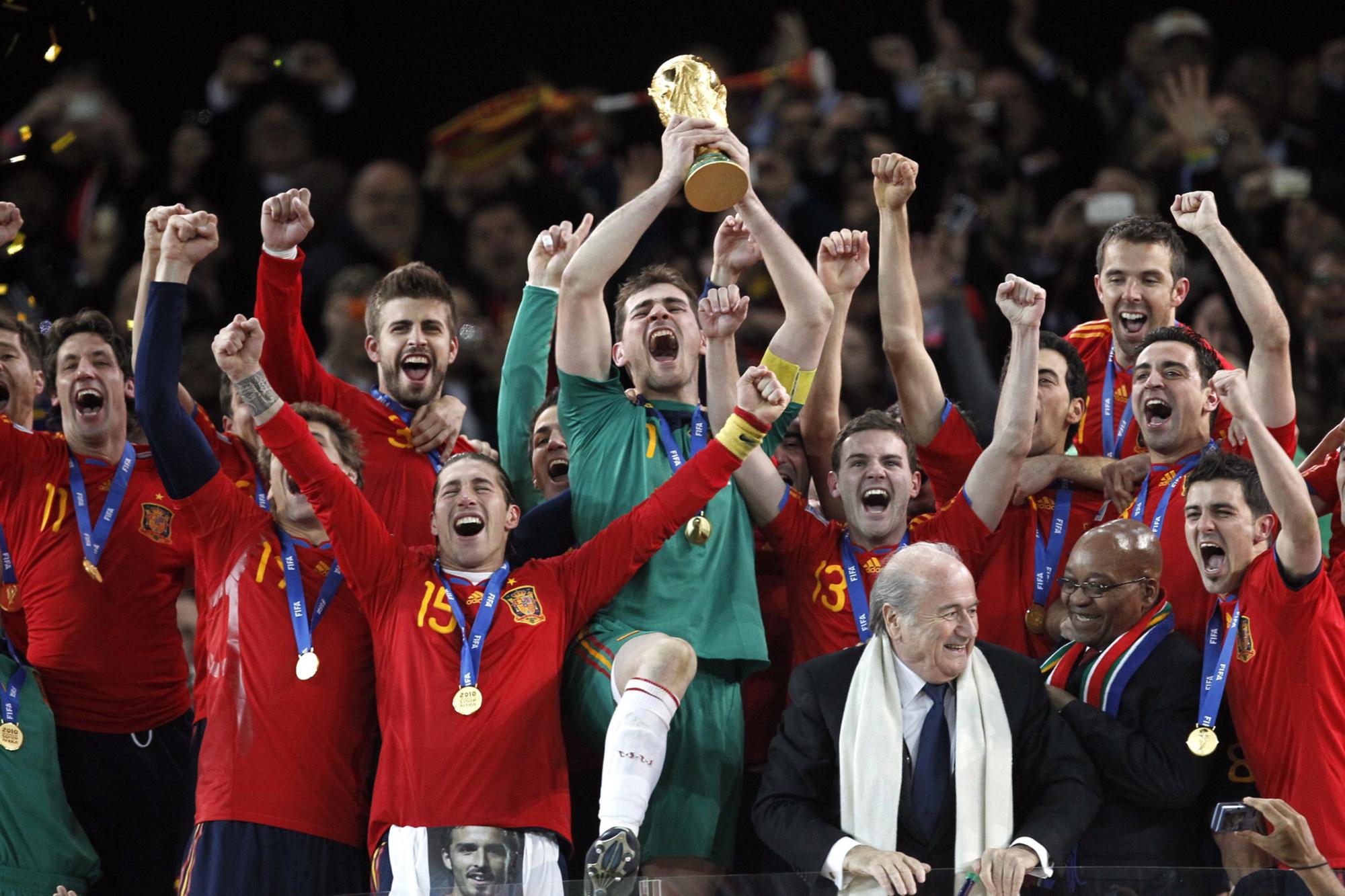 La Roja, en 2010, soulève sa première Coupe du Monde., belga