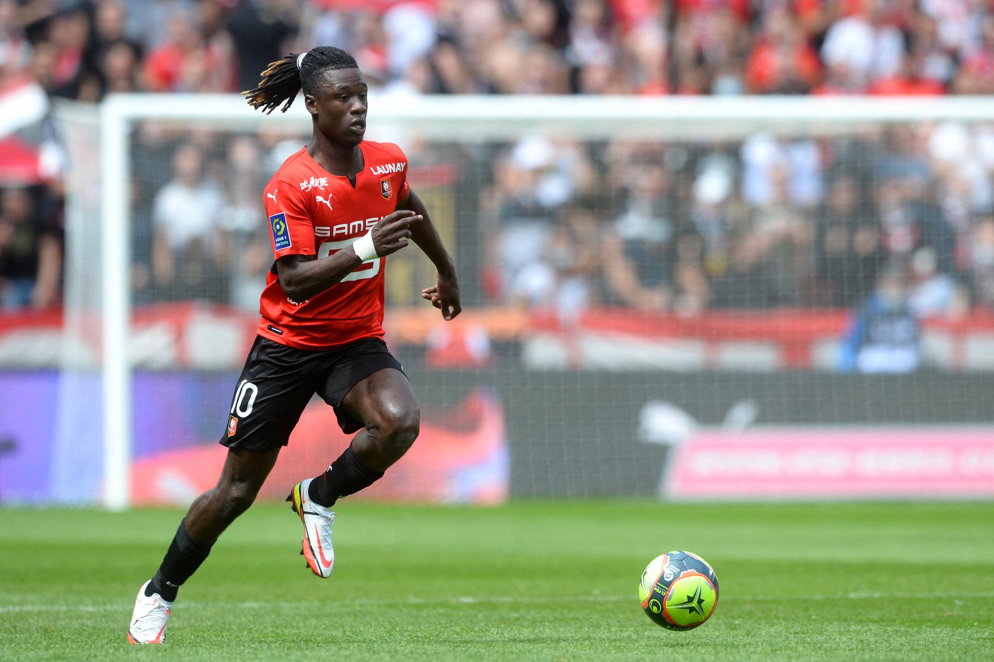 Camavinga quitte Rennes pour le Real qui a donc transféré son joueur français. Moins clinquant qu'Mbappé mais pas moins prometteur., belga