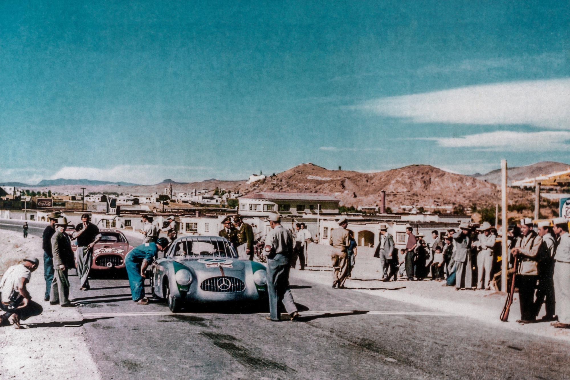 La SL a d'abord été une voiture de course qui s'imposera sans attendre., GF